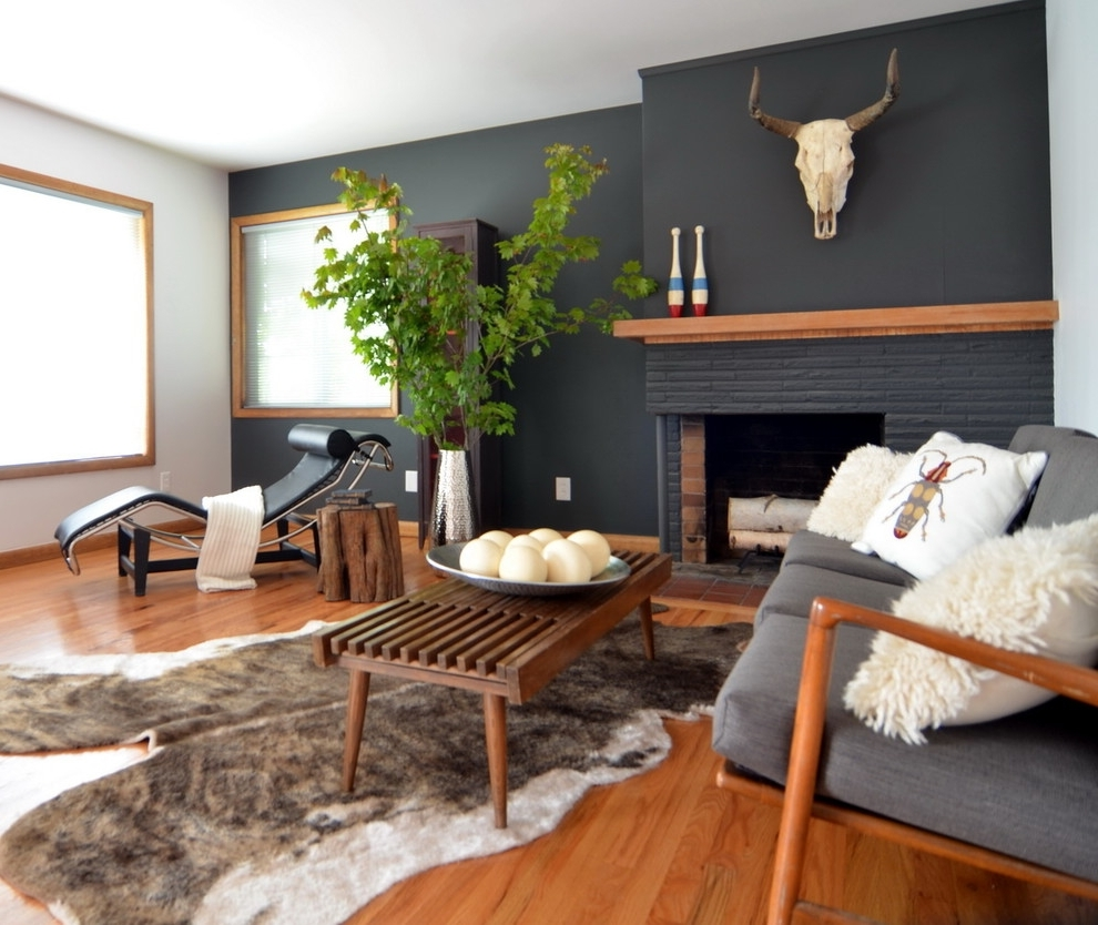 Painted Accent Wall Behind Corner Fireplace: 15 Inspirations Of Wall Accents For Fireplace