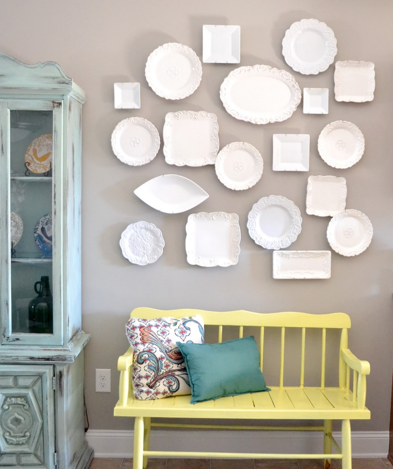 2018 Popular Grey And White Wall Accents