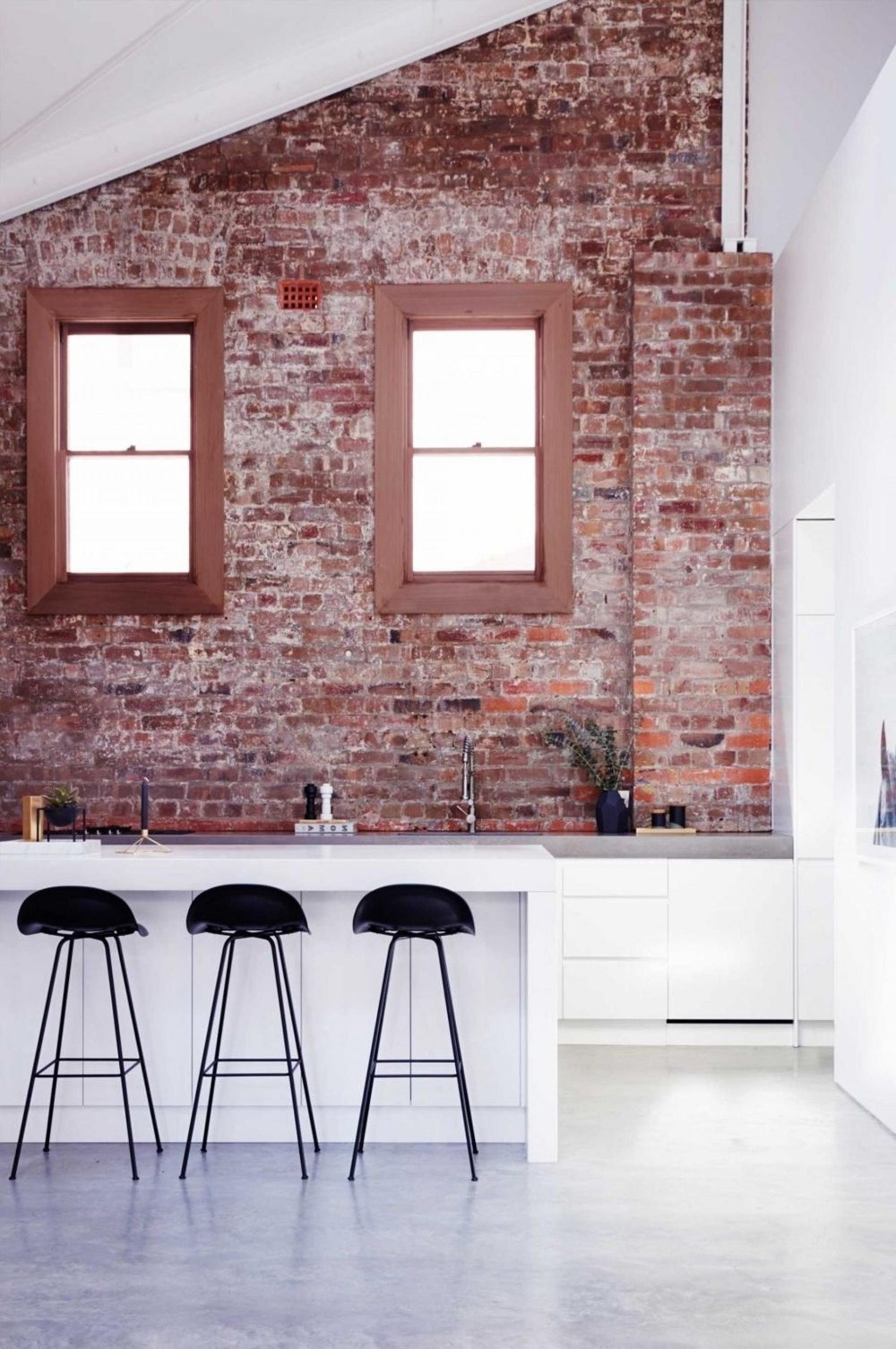 Widely Used Exposed Brick Wall Accents Throughout 19 Stunning Interior Brick Wall Ideas (View 15 of 15)