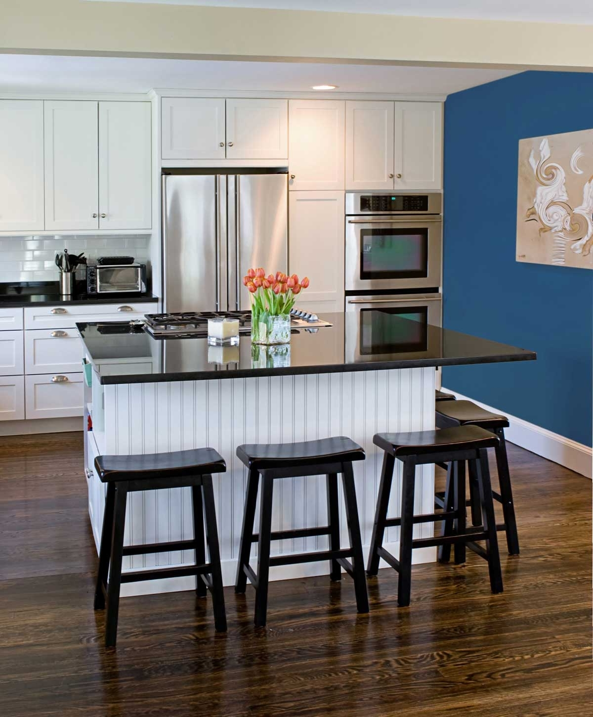 Wonderful Orange Accents Kitchen Design With Blue Wall (View 15 of 15)
