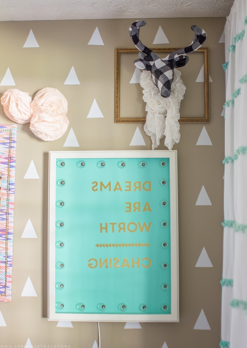 Inspiring Diy Gold Foil Wall Art (View 20 of 20)