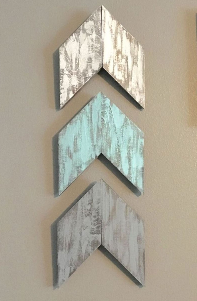 Newest Adorable Diy With Mirrors Rustic Wall Art Ideas Pallet Wood Painted Intended For Arrow Wall Art (View 15 of 20)