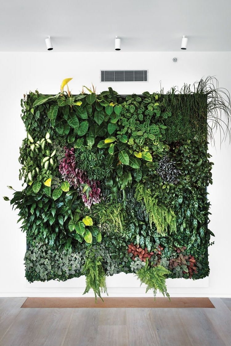 Recent Living Wall Art Pertaining To Eye In The Sky: Urban Apartment Overlooking Nyc's The High Line (Gallery 2 of 20)