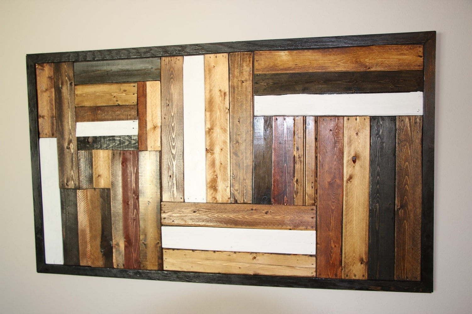 Recycled Pallet Wall Art Pallet Furniture Plans, Tables Pallet Art With Recent Pallet Wall Art (View 12 of 15)