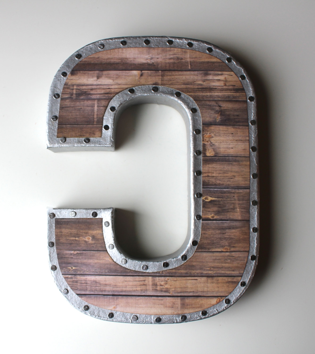 Vintage Metal Letters For The Wall – Blogtipsworld For Trendy Metal Letter Wall Art (View 4 of 20)