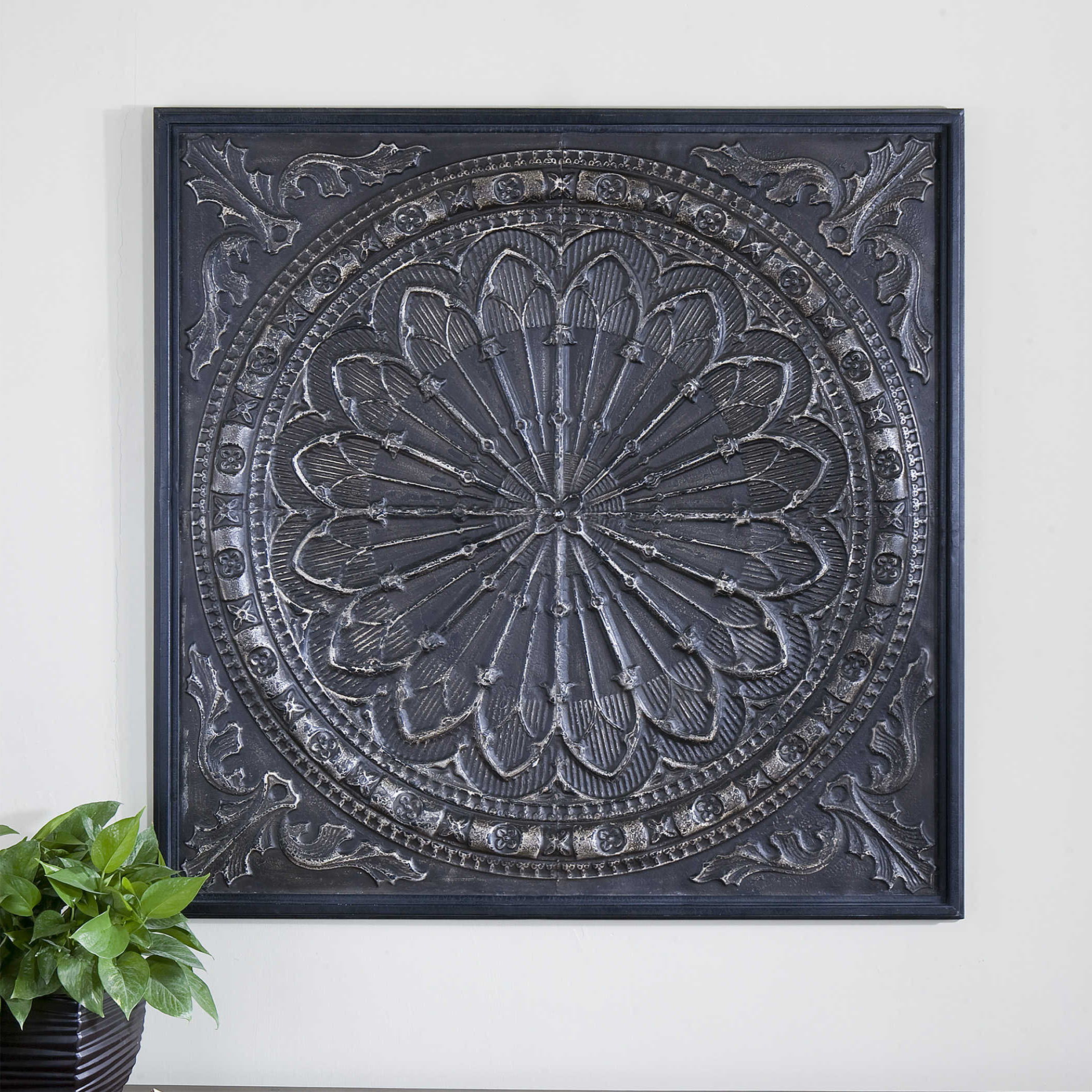 2019 Ornate Scroll Wall Decor For Ottavio Metal Wall Decor (Gallery 17 of 20)