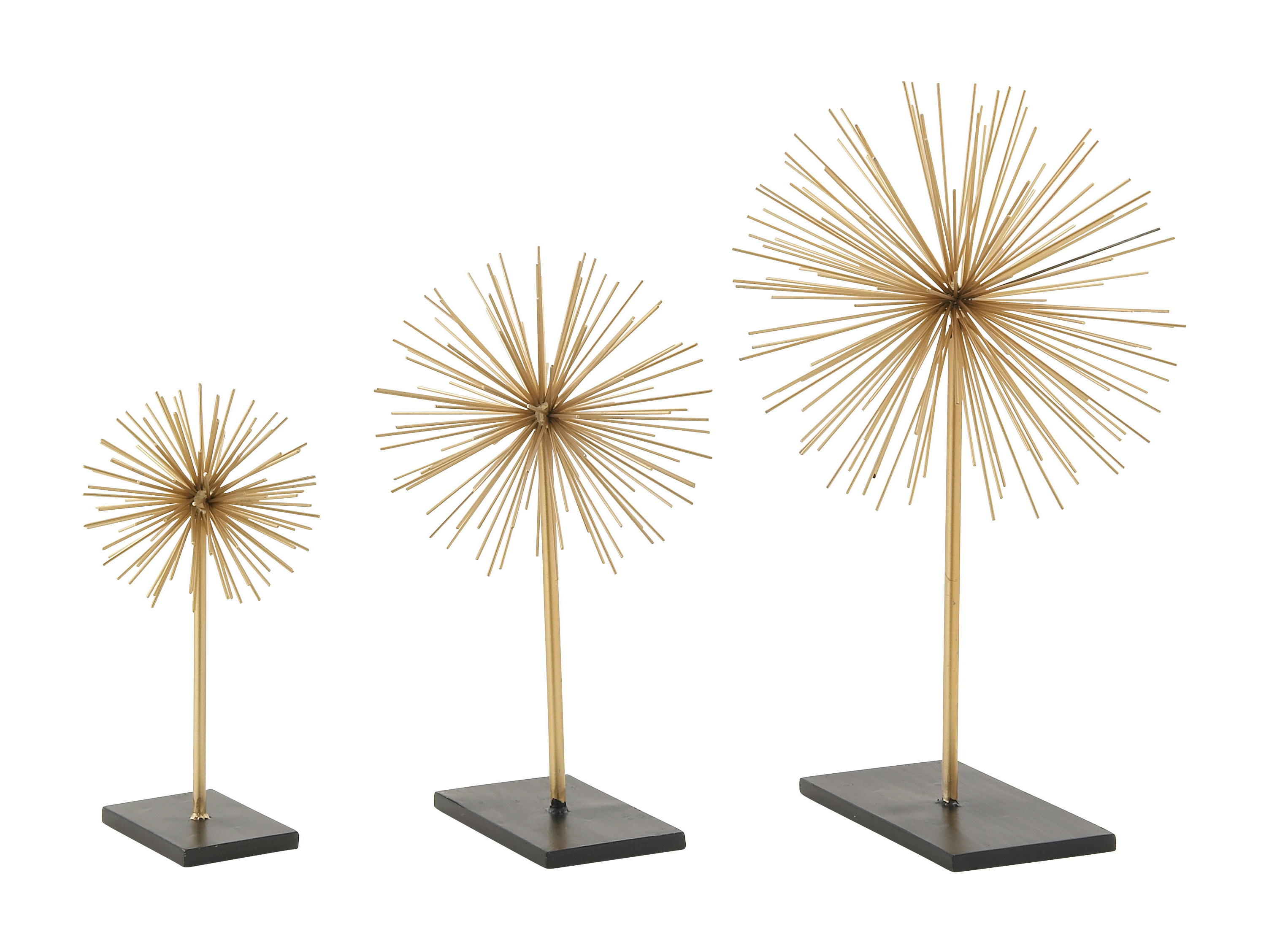 Cosmolivingcosmopolitan 3 Piece Metal 3D Star Sculpture Set Intended For 2019 Set Of 3 Contemporary 6, 9, And 11 Inch Gold Tin Starburst Sculptures (View 7 of 20)