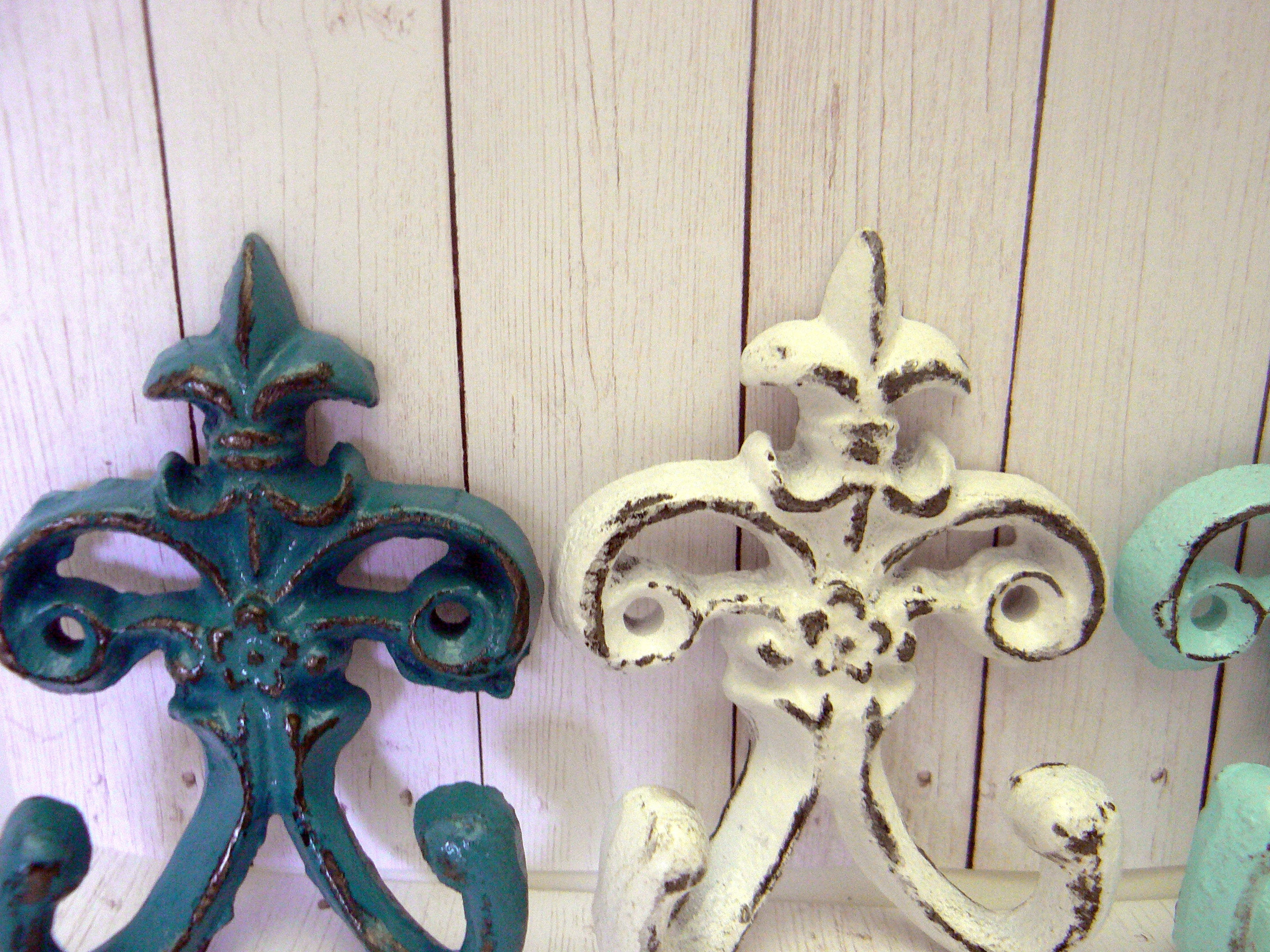 Fleur De Lis Cast Iron White Cream Blue 3 1/2 Mini (View 9 of 20)