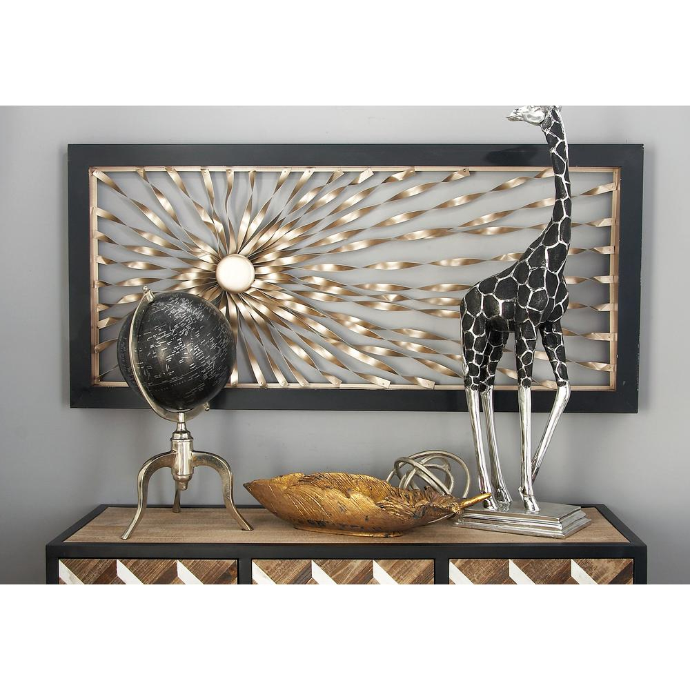 Recent Litton Lane Iron Silver Finished Twisted Sunburst Wall Art Decor With 4 Piece Metal Wall Plaque Decor Sets (View 13 of 20)