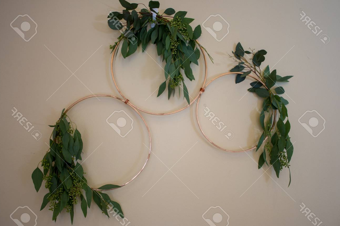Wedding Wall Decor, Gold Rings With Green Leaves (View 19 of 20)