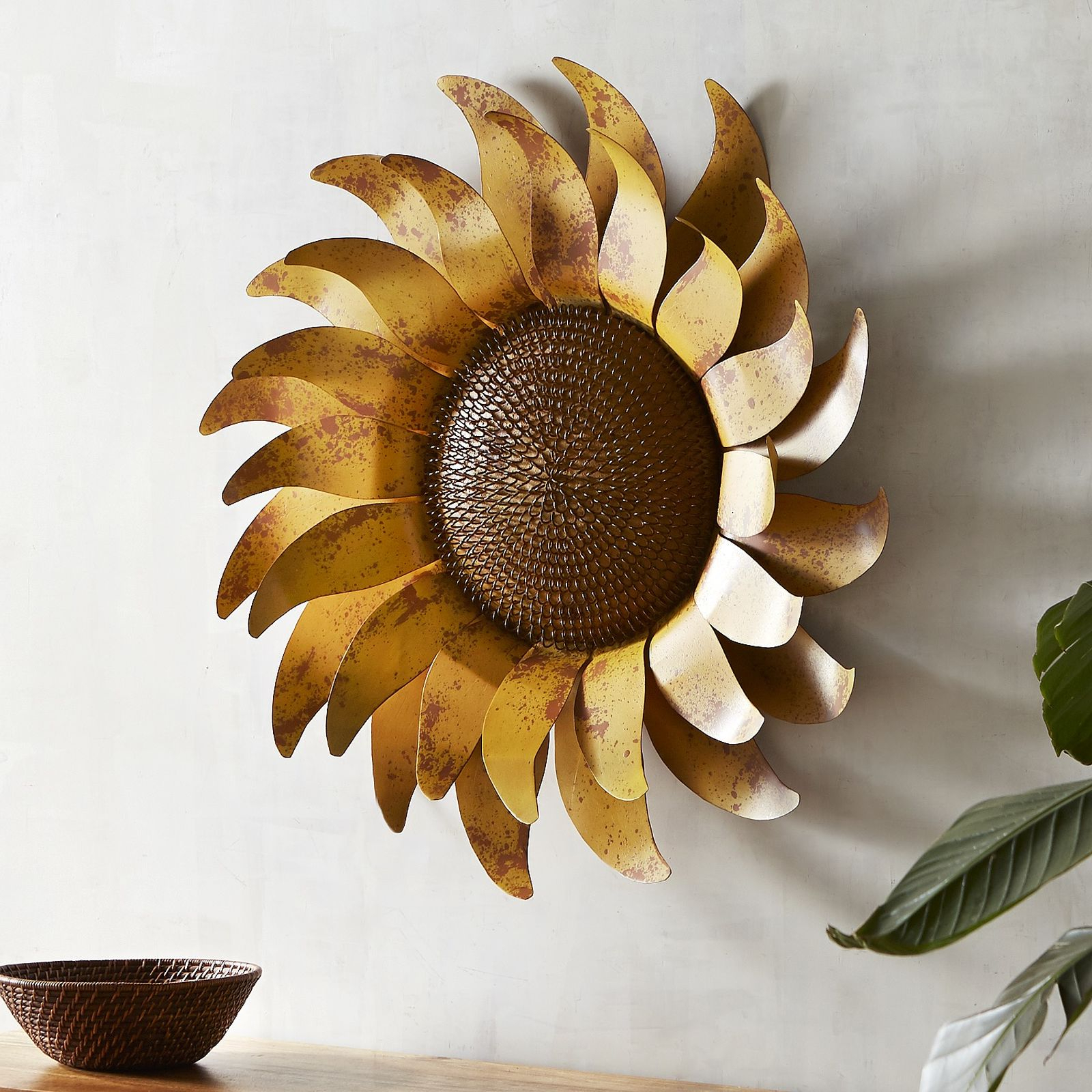 Widely Used Valuable Sunflower Wall Decor Or Metal Youtube For Kitchen Diy Con With Regard To Nature Metal Sun Wall Decor (View 20 of 20)