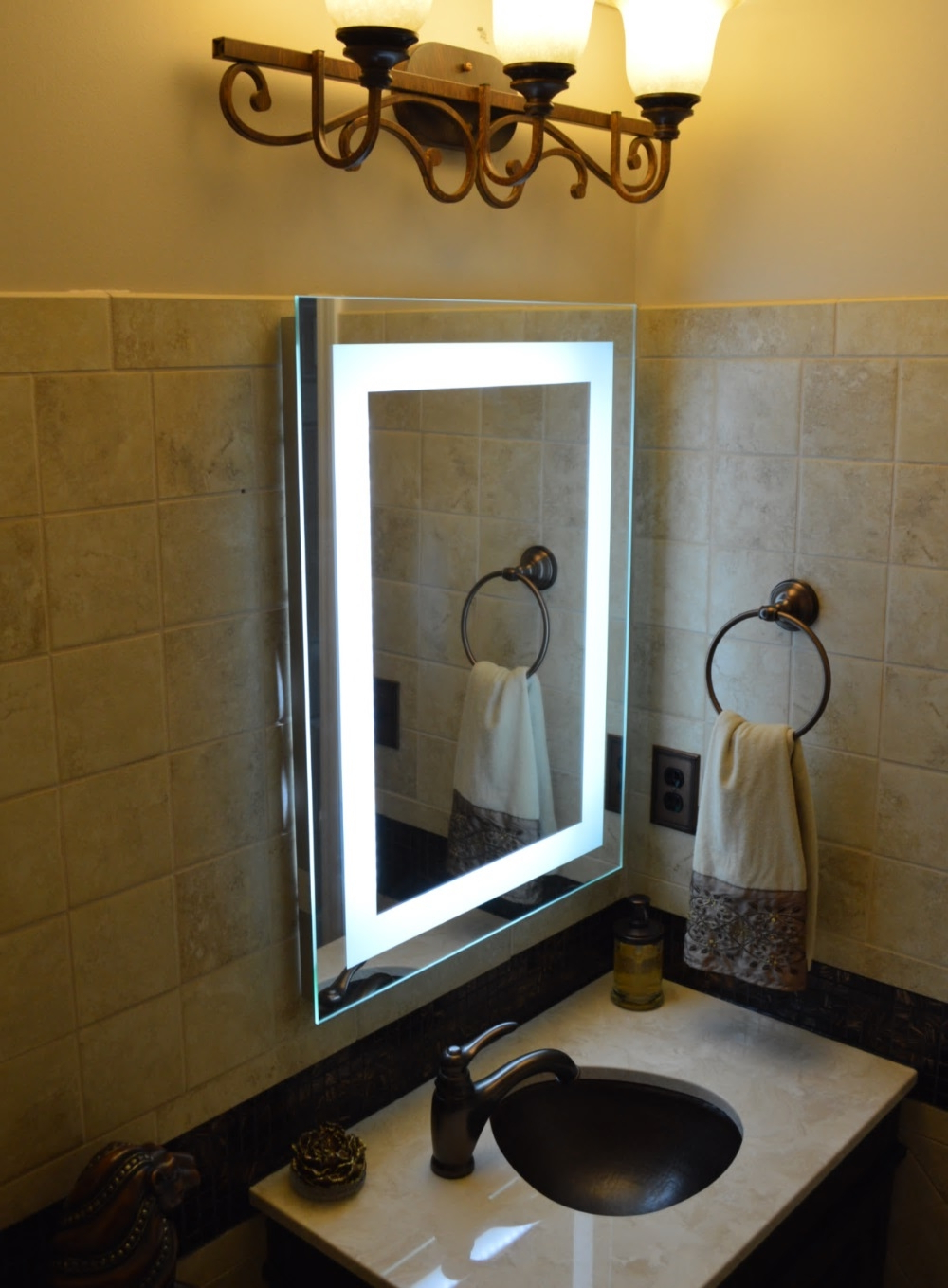 10 Benefits Of Lighted Vanity Mirror Wall (View 11 of 20)