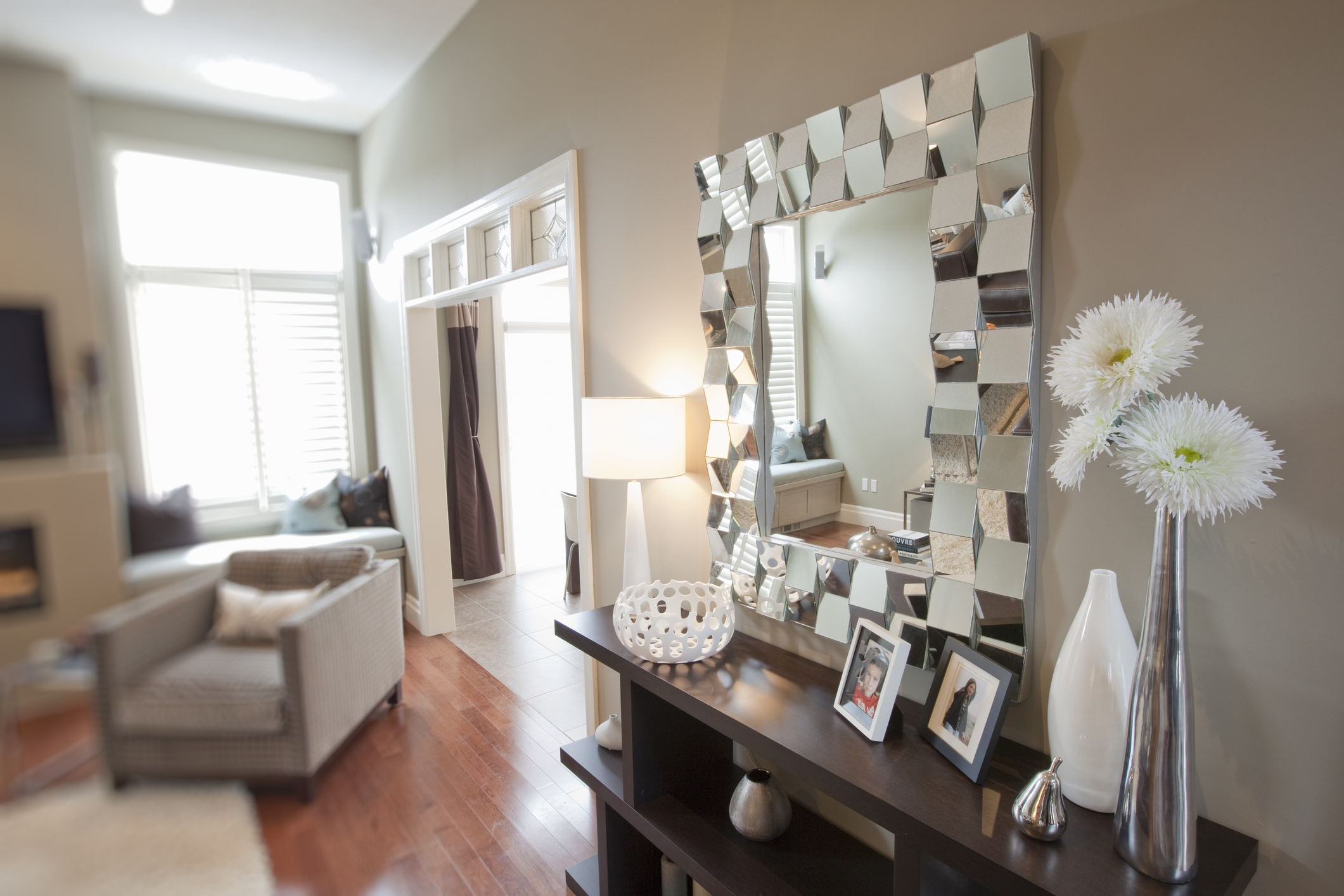 10 Fabulous Statement Wall Mirrors Inside Popular Wall Mirrors For Living Rooms (View 5 of 20)