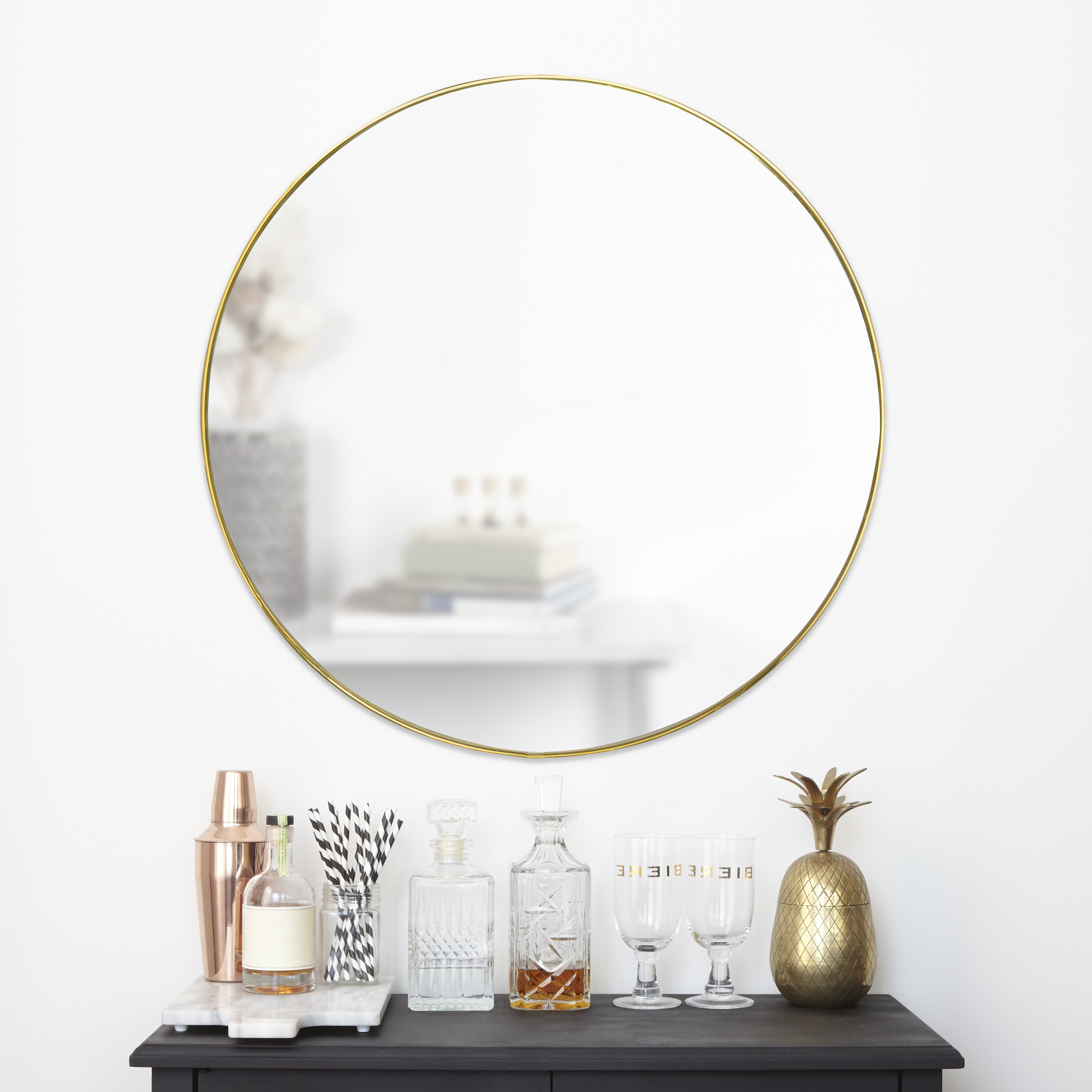 2019 Hubba Modern & Contemporary Accent Mirror With Regard To Levan Modern & Contemporary Accent Mirrors (View 1 of 20)