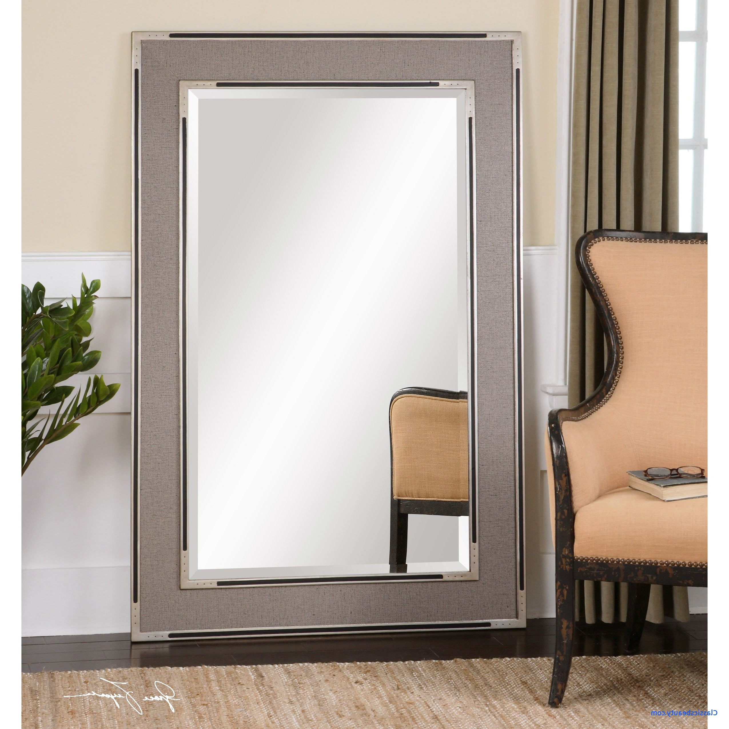 2019 Large Wall Mirrors Best Of With Lights In Sleek Decorative Throughout Decorative Rectangular Wall Mirrors (View 1 of 20)