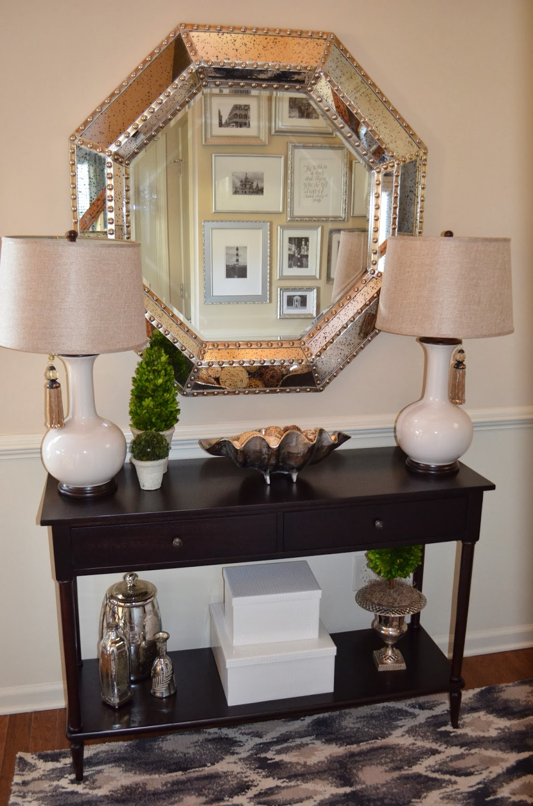 2020 Entryway Wall Mirrors Pertaining To Mirrors Amazing Accent Entryway Modern Decorative For Mirror (View 8 of 20)