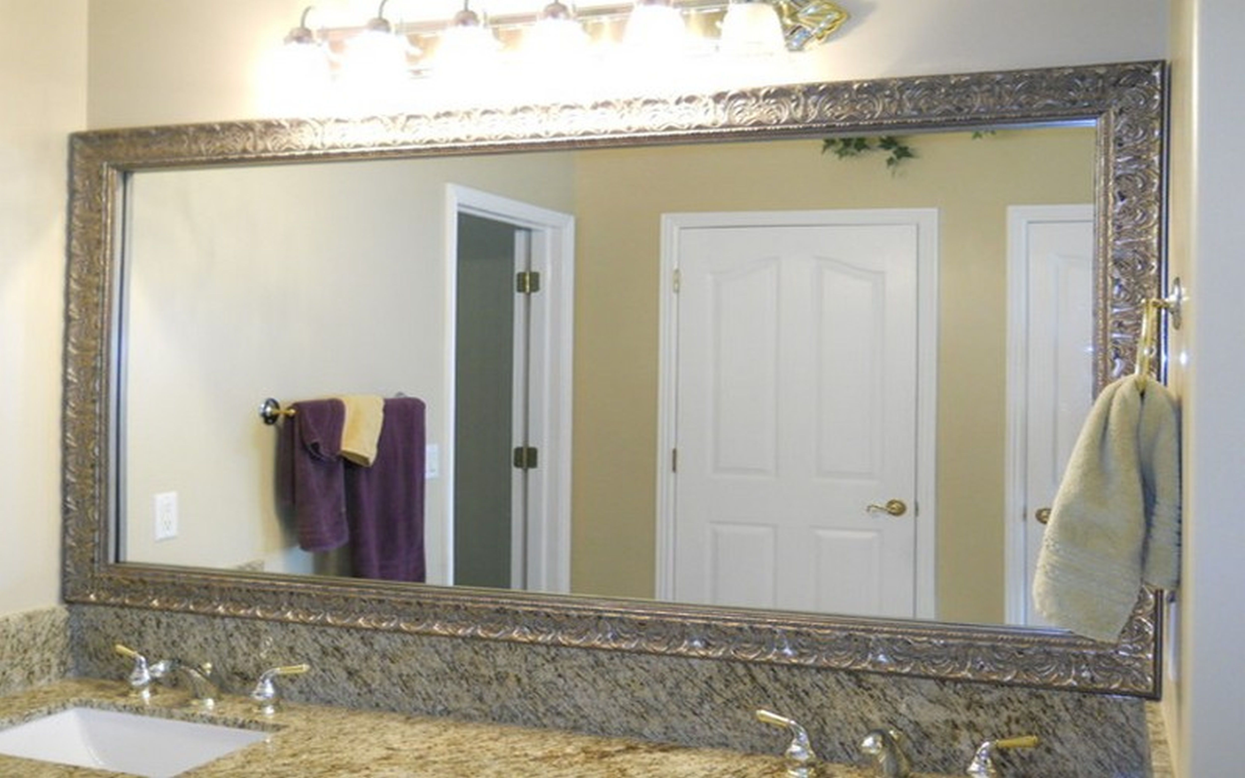 Featured Photo of Frame Bathroom Wall Mirrors