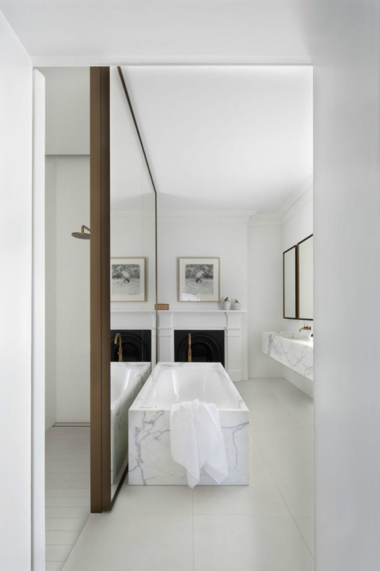 30 Cool Ideas To Use Big Mirrors In Your Bathroom In Most Popular Oversize Wall Mirrors (Gallery 4 of 20)