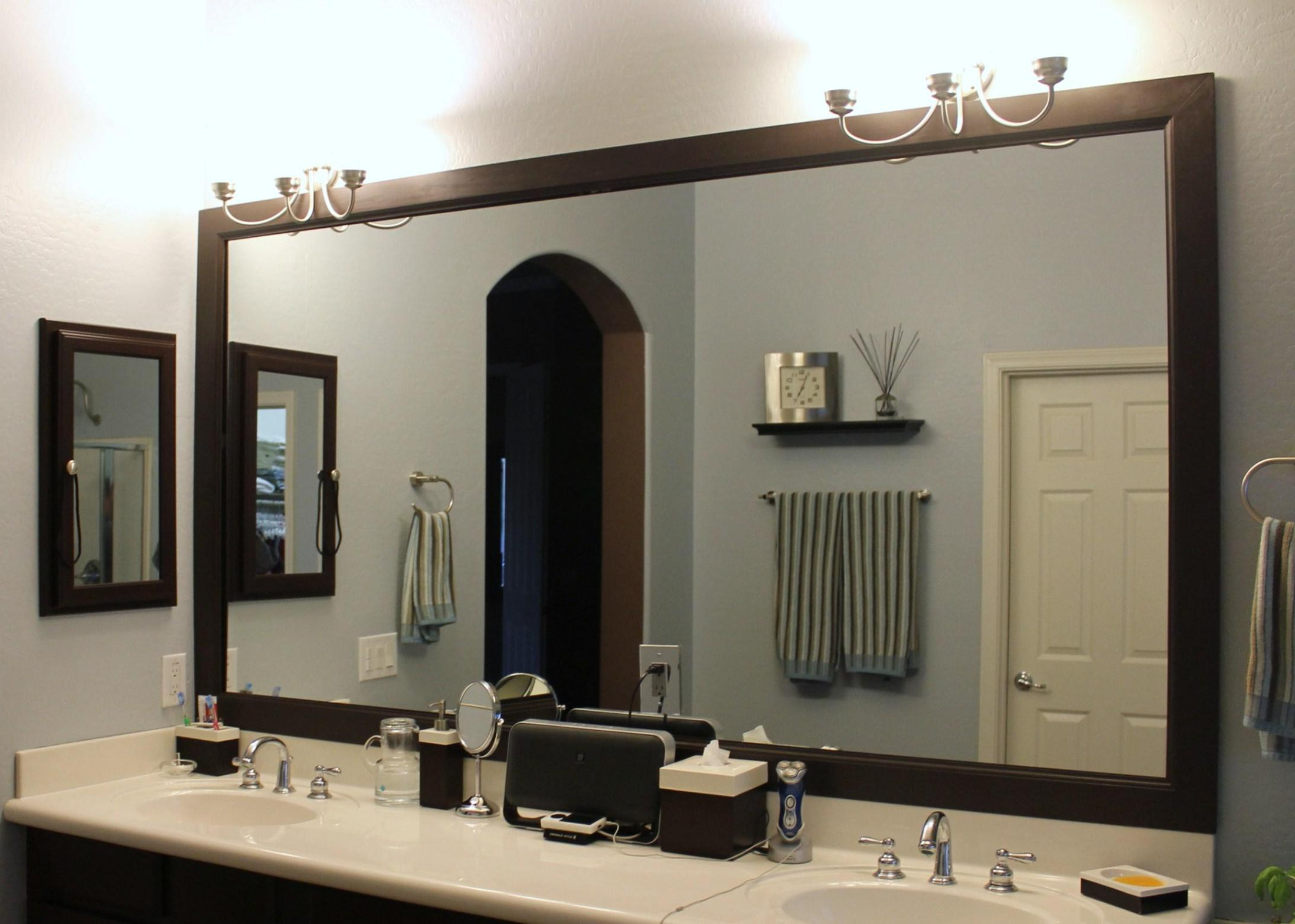 35 Most Superb Makeup Mirror Vanity With Decorative Bathroom Inside Popular Mirror Framed Wall Mirrors (Gallery 10 of 20)