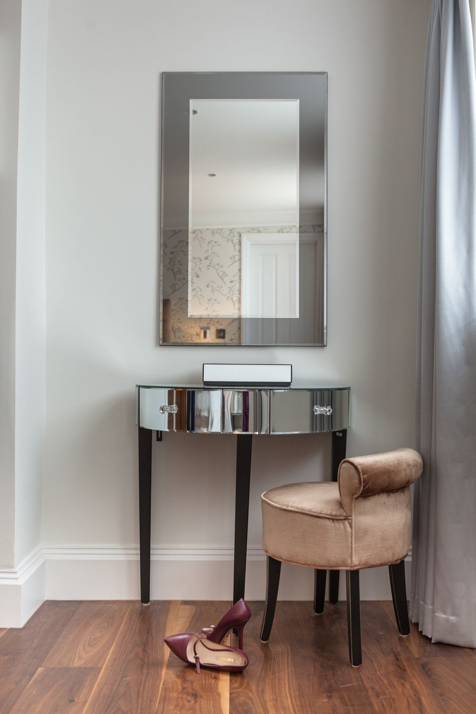 6 Amazing Cool Ideas: Wall Mirror Entryway Entrance Wall Mirror With Well Liked Girls Wall Mirrors (View 13 of 20)
