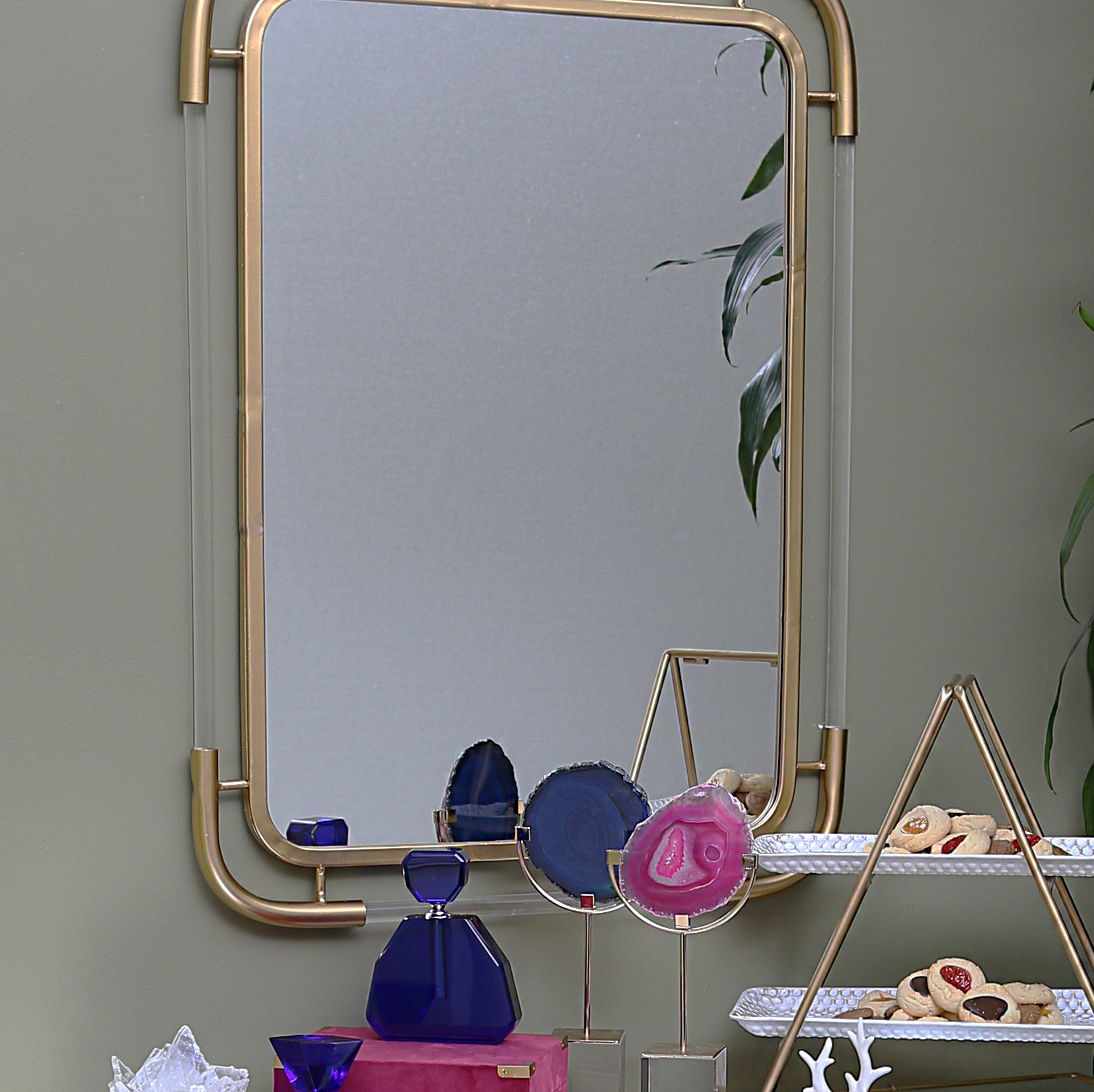 Acrylic Wall Mirrors Throughout Newest Kimora Metal And Acrylic Wall Mirror (View 4 of 20)