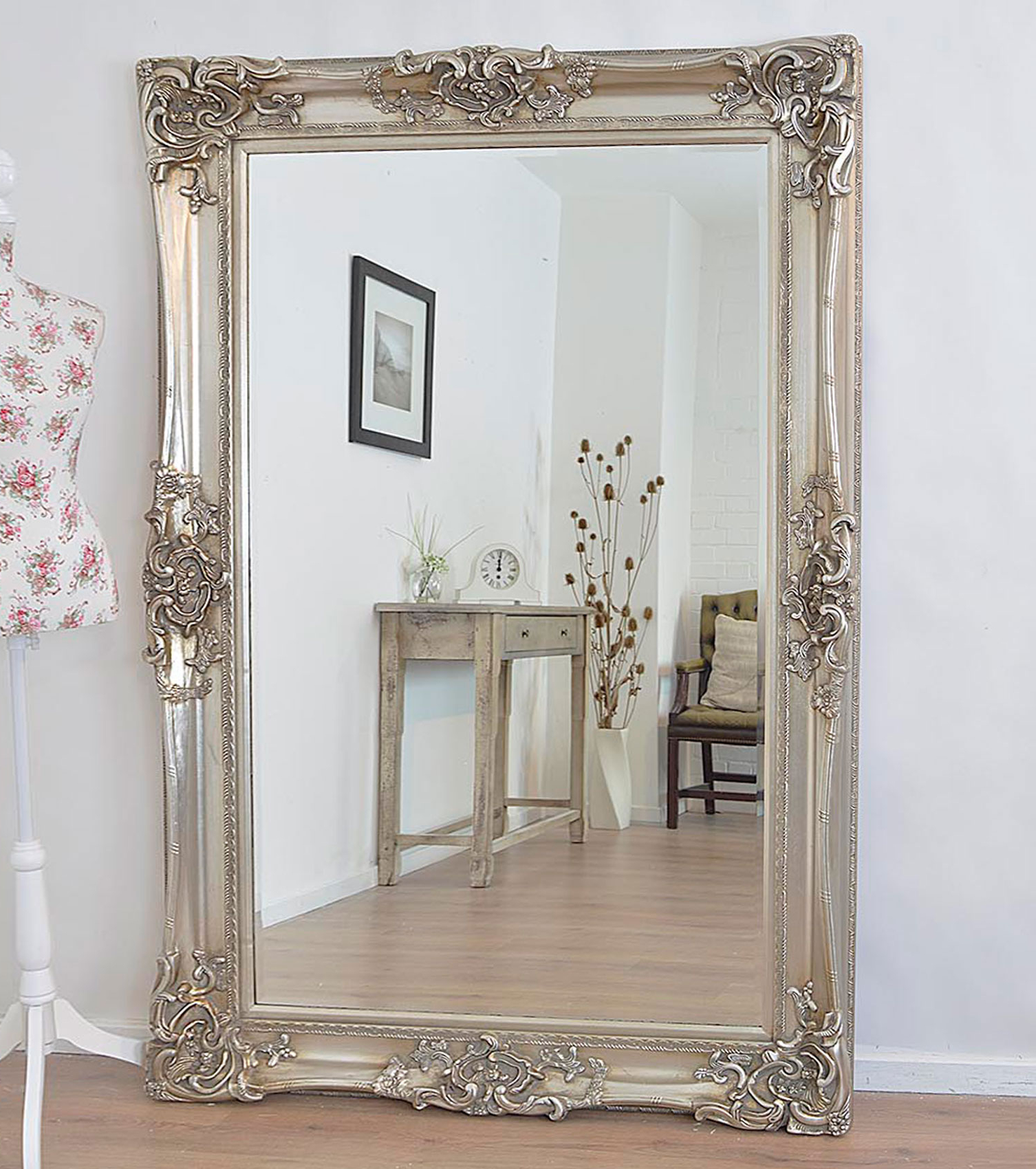 Antique Design Ornate Wall Mirror Will Make A Beautiful In Most Popular Ornate Wall Mirrors (View 9 of 20)