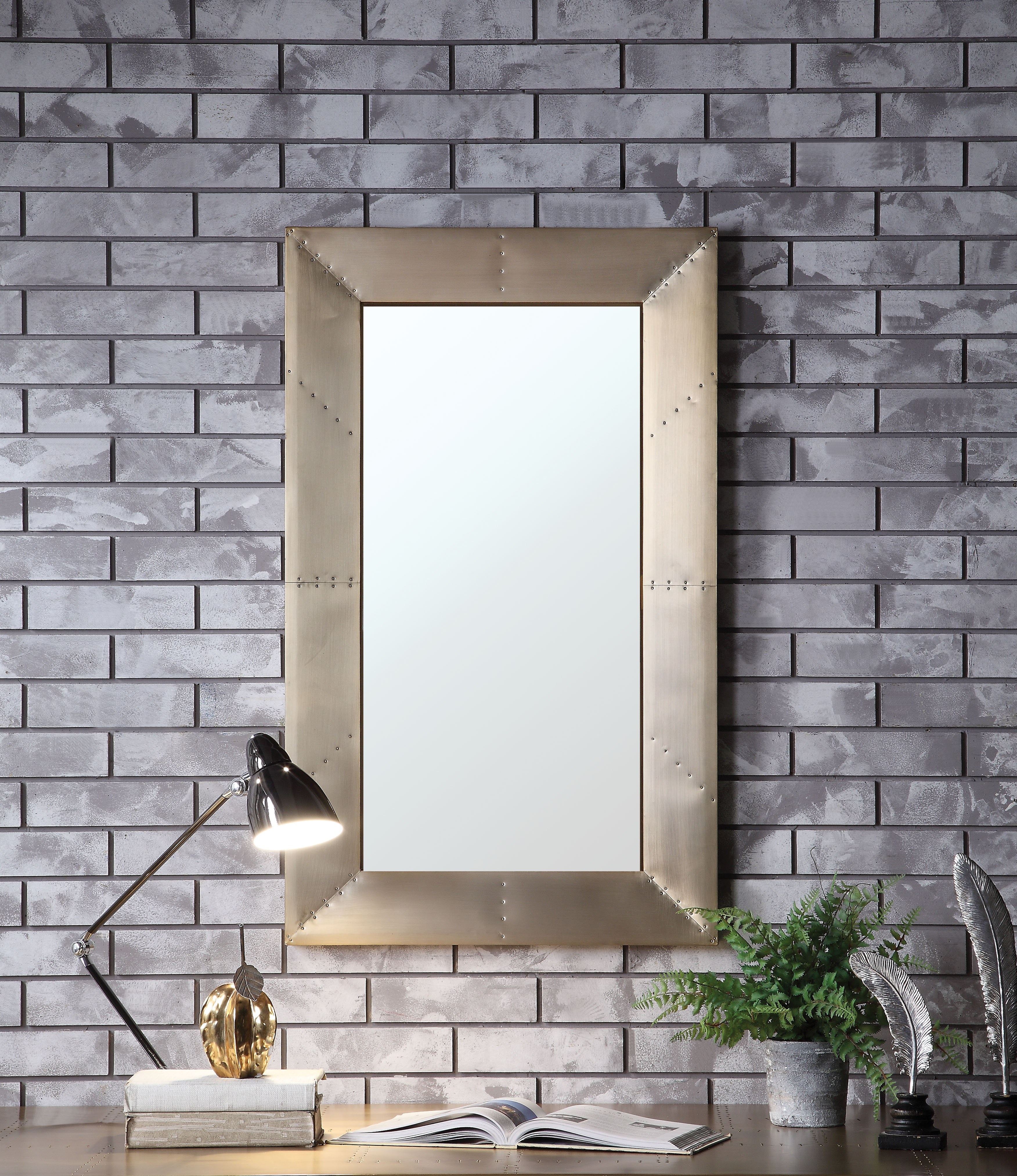 Arrigo Accent Mirrors Regarding Famous Colm Accent Modern Wall Mirror (View 4 of 20)