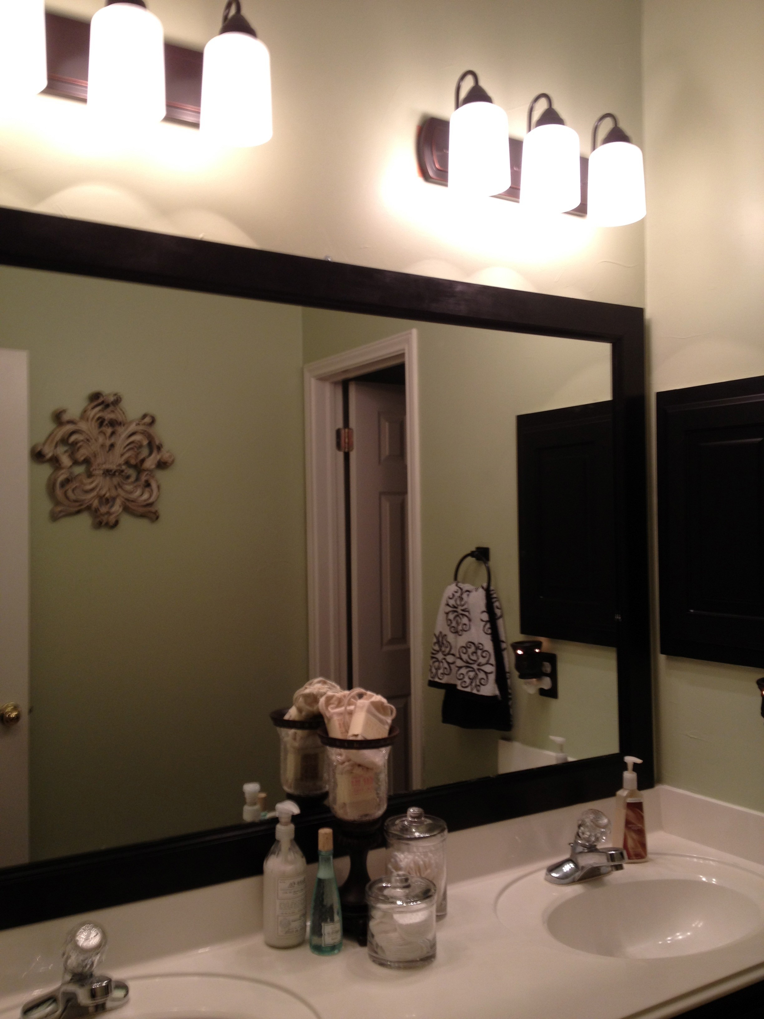 Best And Newest Frame Bathroom Wall Mirrors Within Exclusive Design Frames For Bathroom Wall Mirrors Diy Framed (View 4 of 20)