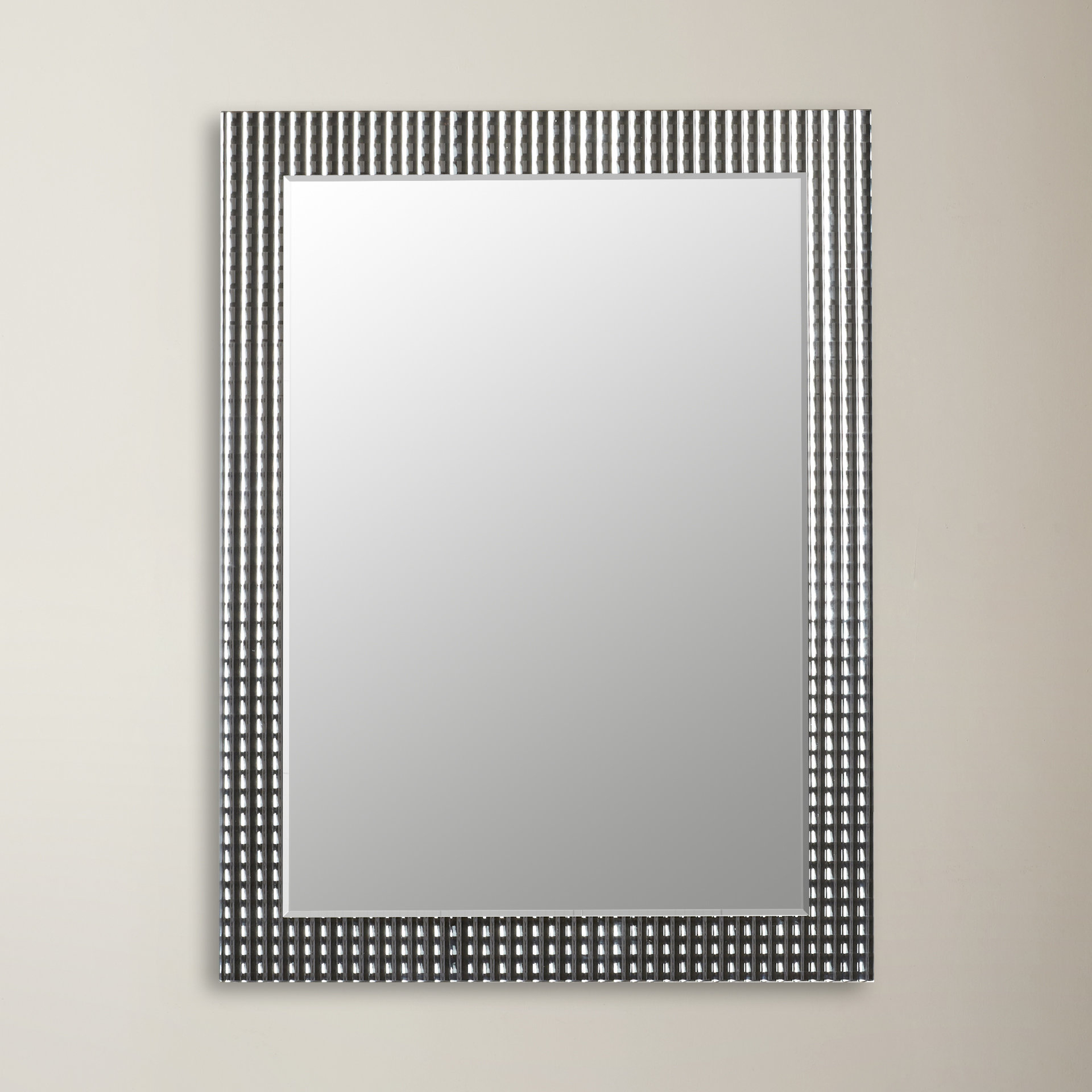 Best And Newest Metal Framed Wall Mirrors Within Glam Rectangle Metal Frame Wall Mirror (View 3 of 20)