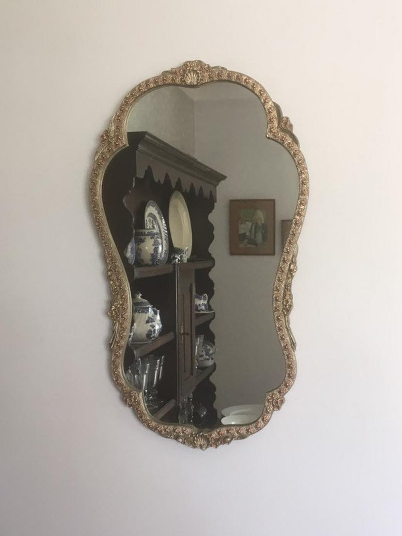 Best And Newest Pretty Wall Mirrors Regarding Pretty Gold Decorative Wall Mirror (View 18 of 20)