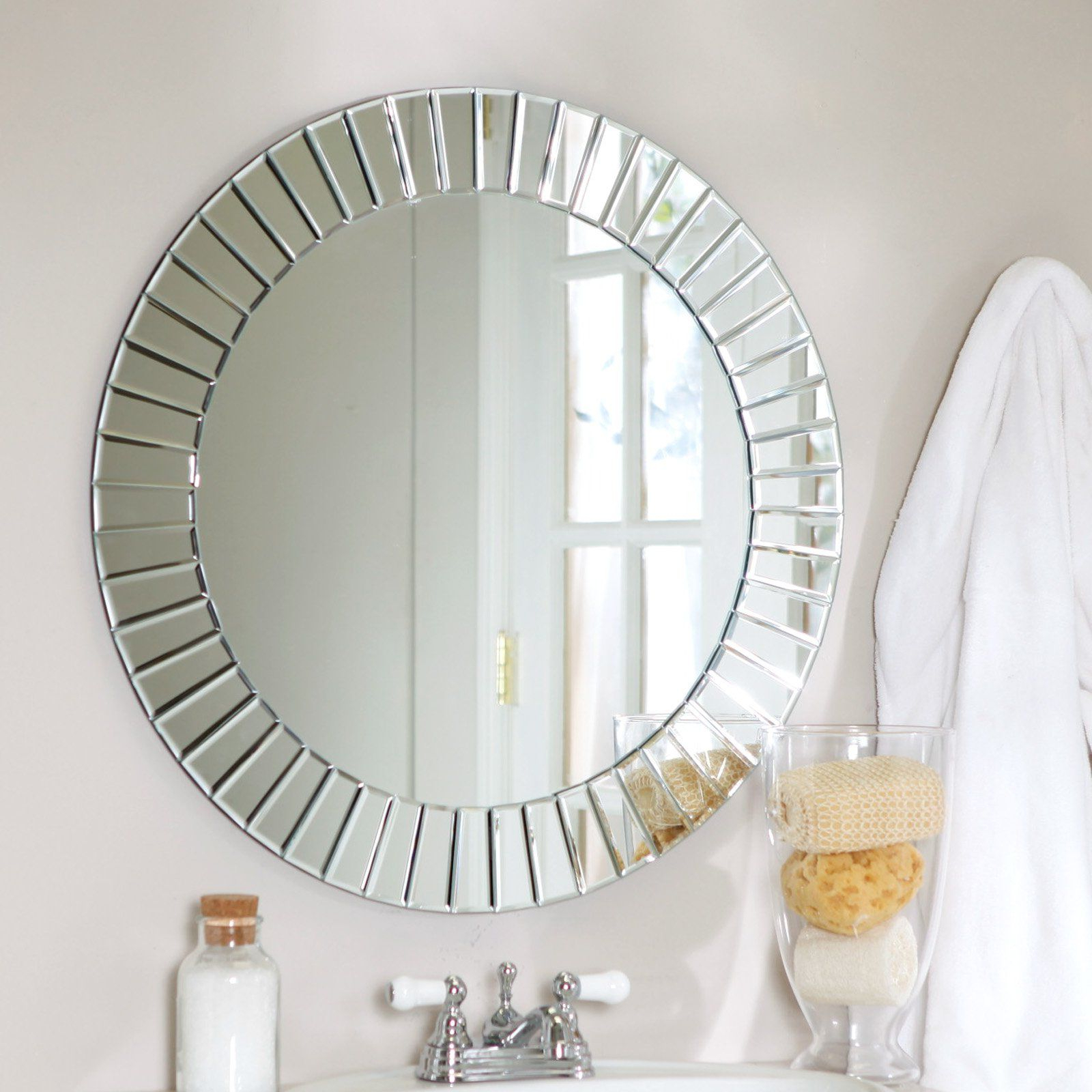 Best And Newest Wall Mirror Circle (View 17 of 20)