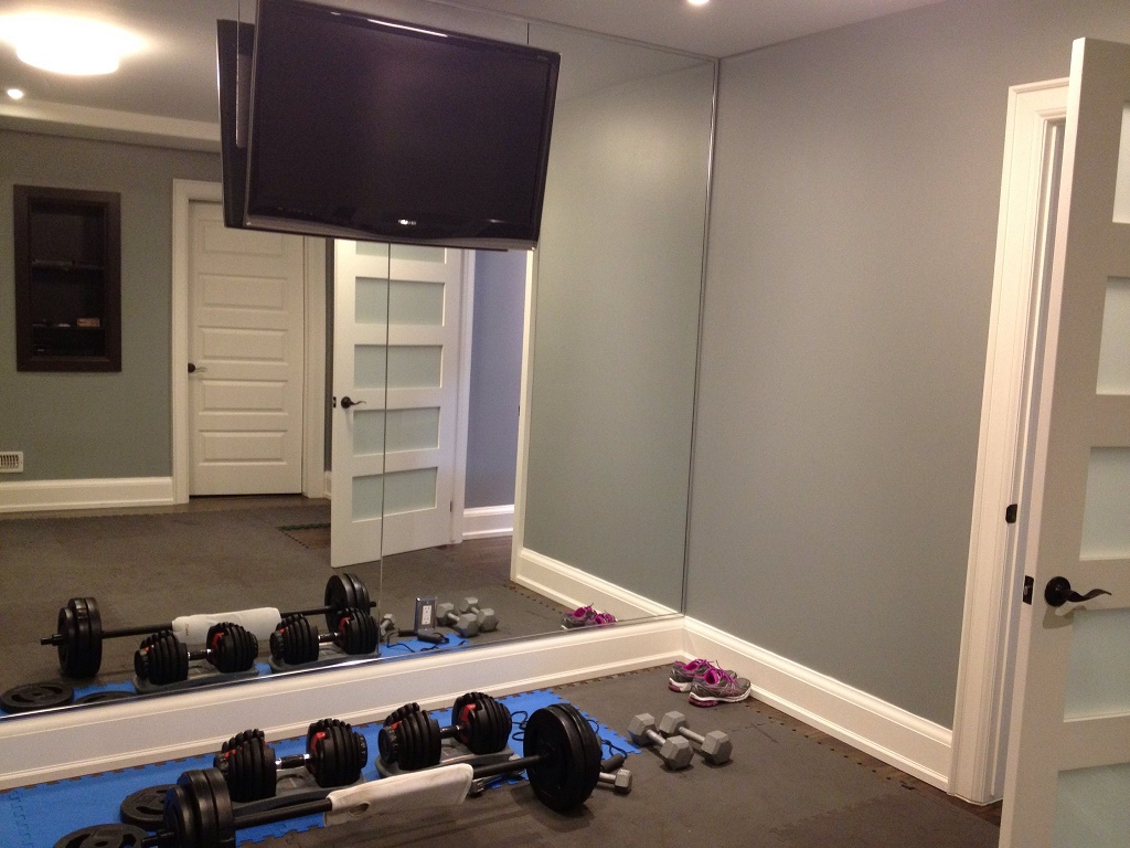 Best And Newest Wall Mirrors For Home Gym Intended For How To Bring The Gym At Home With Minimum Expenses (View 16 of 20)