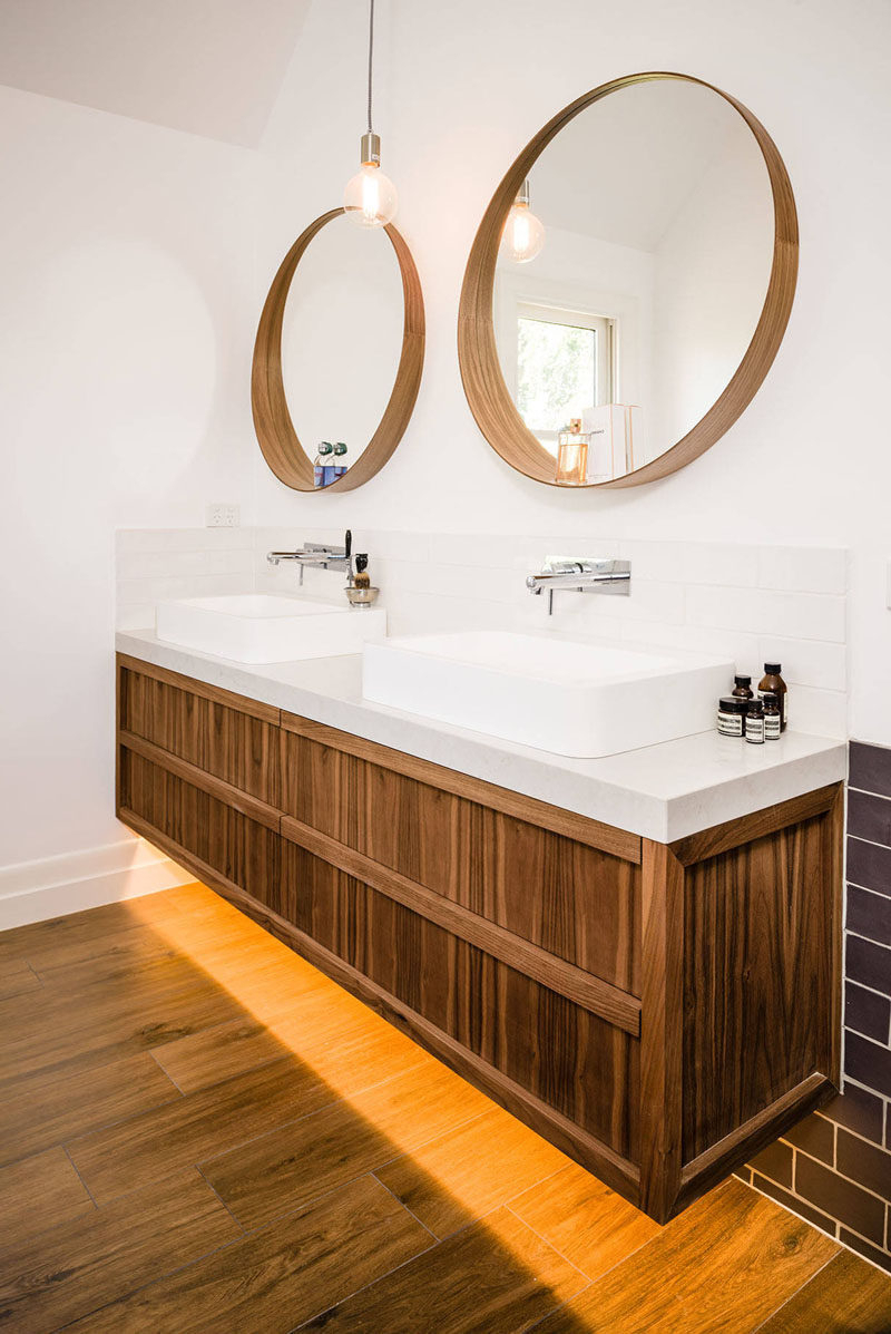 Brushed Nickel Wall Mirrors In 2020 Top 35 Perfect Brushed Nickel Bathroom Mirror Round With Lights (View 12 of 14)