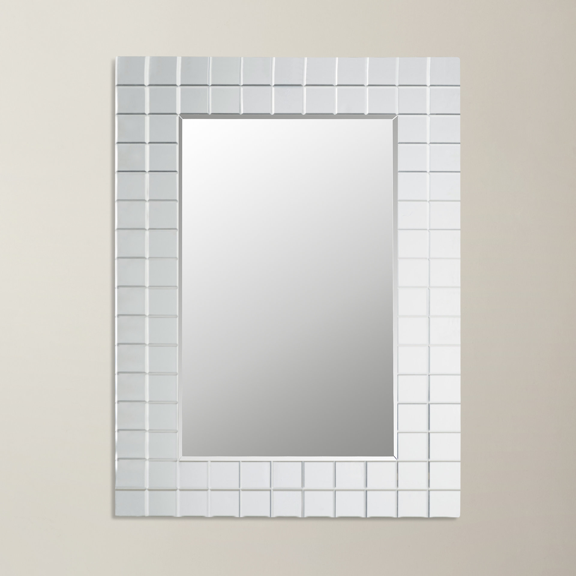 Caleta Modern Wall Mirror In Trendy Modern Wall Mirrors (View 2 of 20)