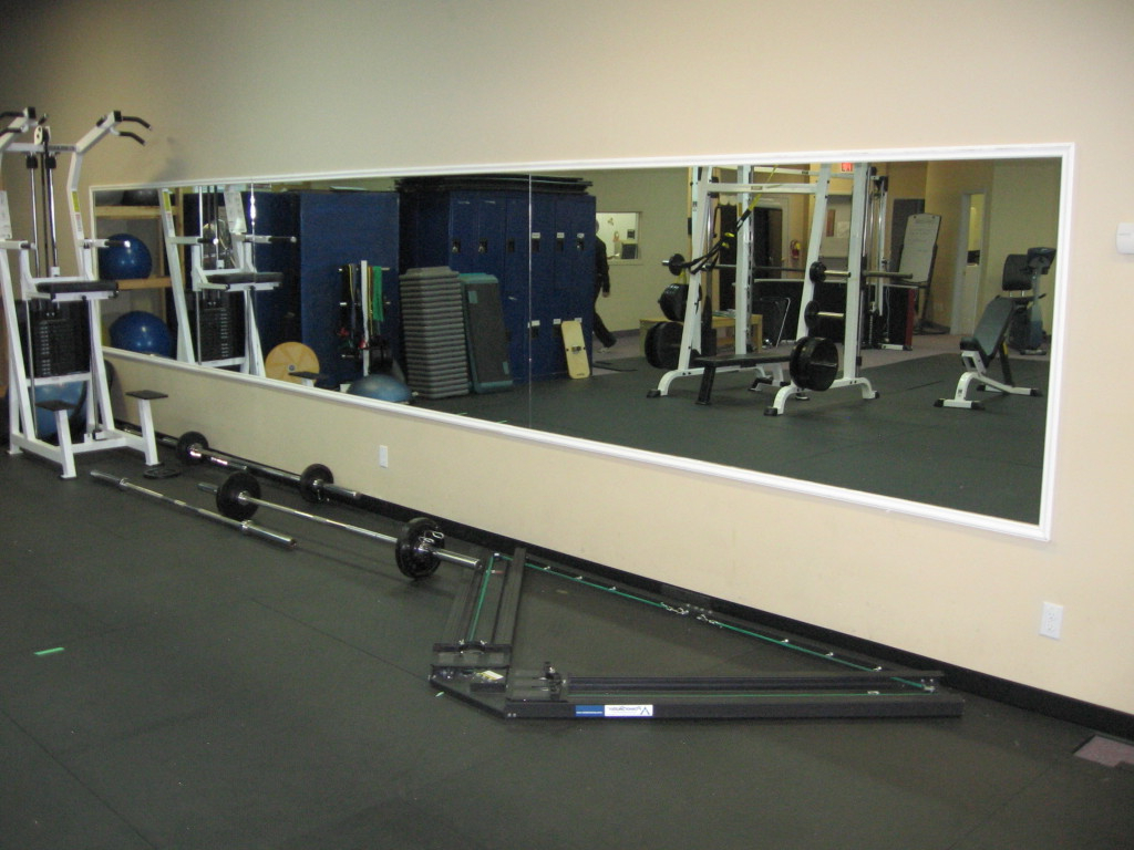 Cheap Gym Wall Mirrors Inside Most Current Mirror: Gym Mirrors Help You Check Your Posture And Positioning (View 6 of 20)