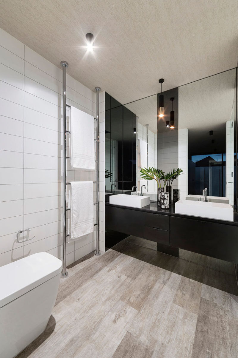 Current Bathroom Mirror Ideas – Fill The Whole Wall With Regard To Large Bathroom Wall Mirrors (View 4 of 20)