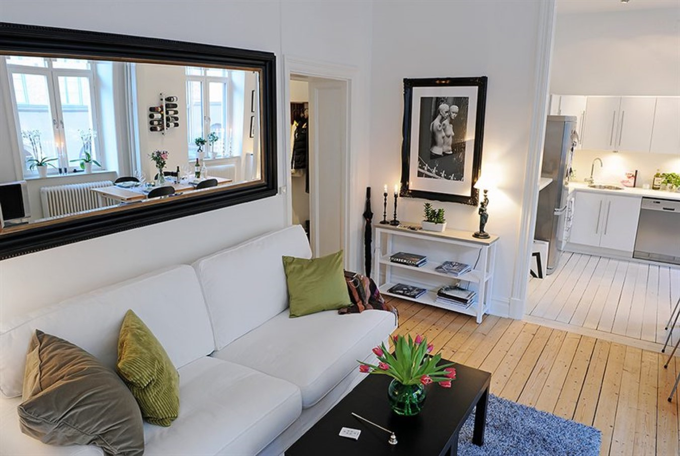 Current Big Wall Mirror Decors In 17 Big Mirrors For Living Room, Large Mirrors For Living Room (View 14 of 20)
