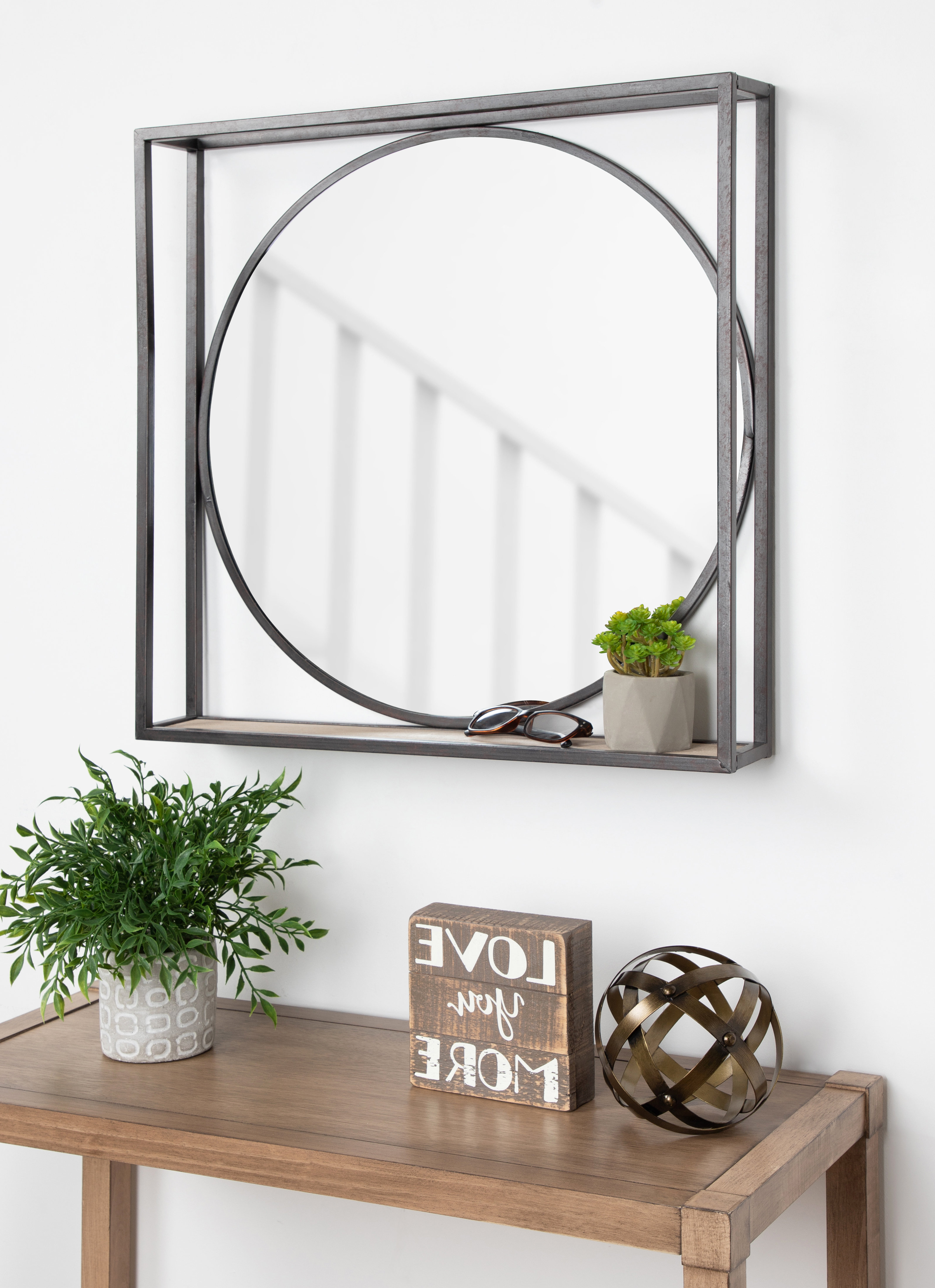 Current Mailiah Accent Mirror For Brynn Accent Mirrors (Gallery 5 of 20)
