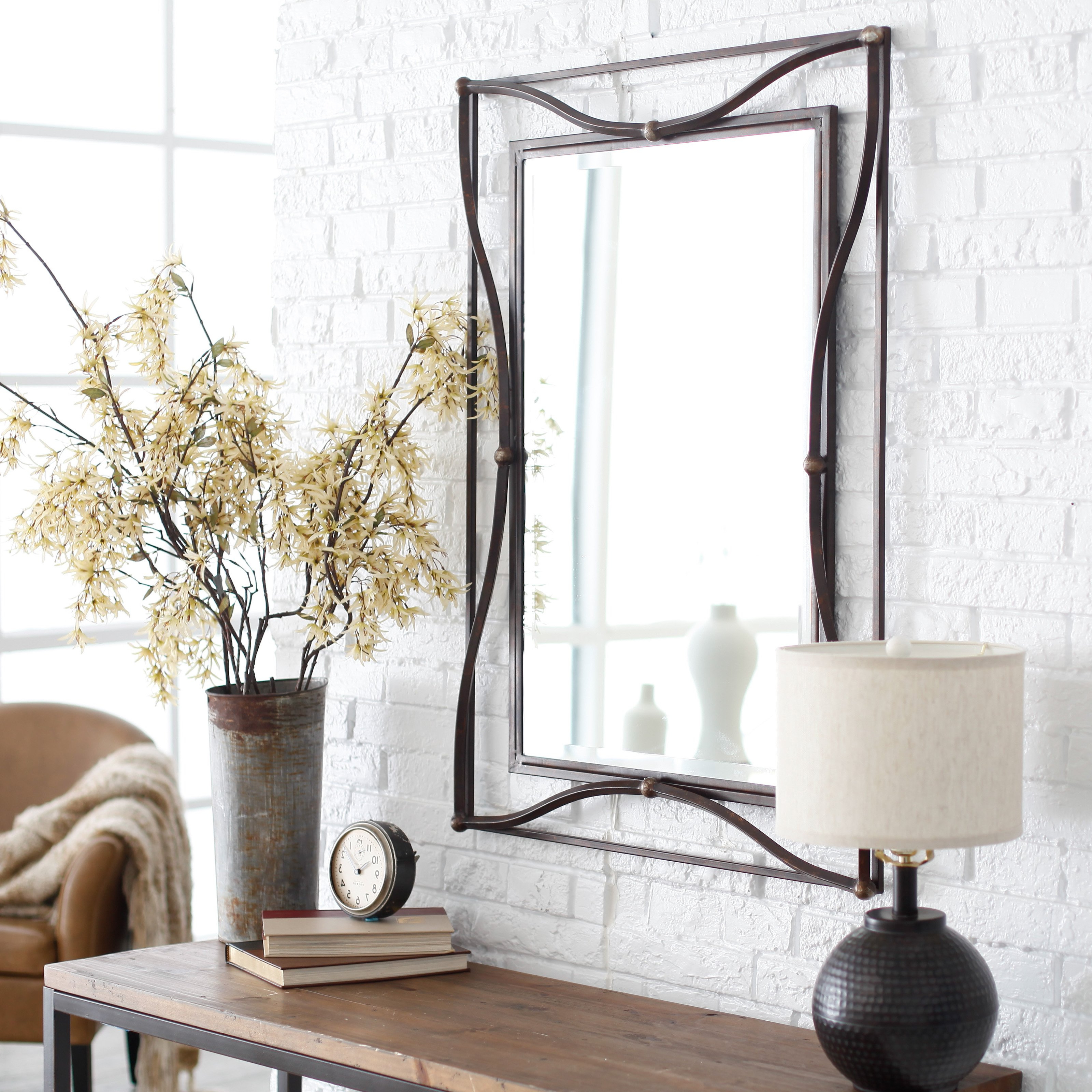 Current Wall Mirror Designs For Bedrooms For Ausergewohnlich Modern Wall Mirrors For Hallway Bedrooms (View 15 of 20)