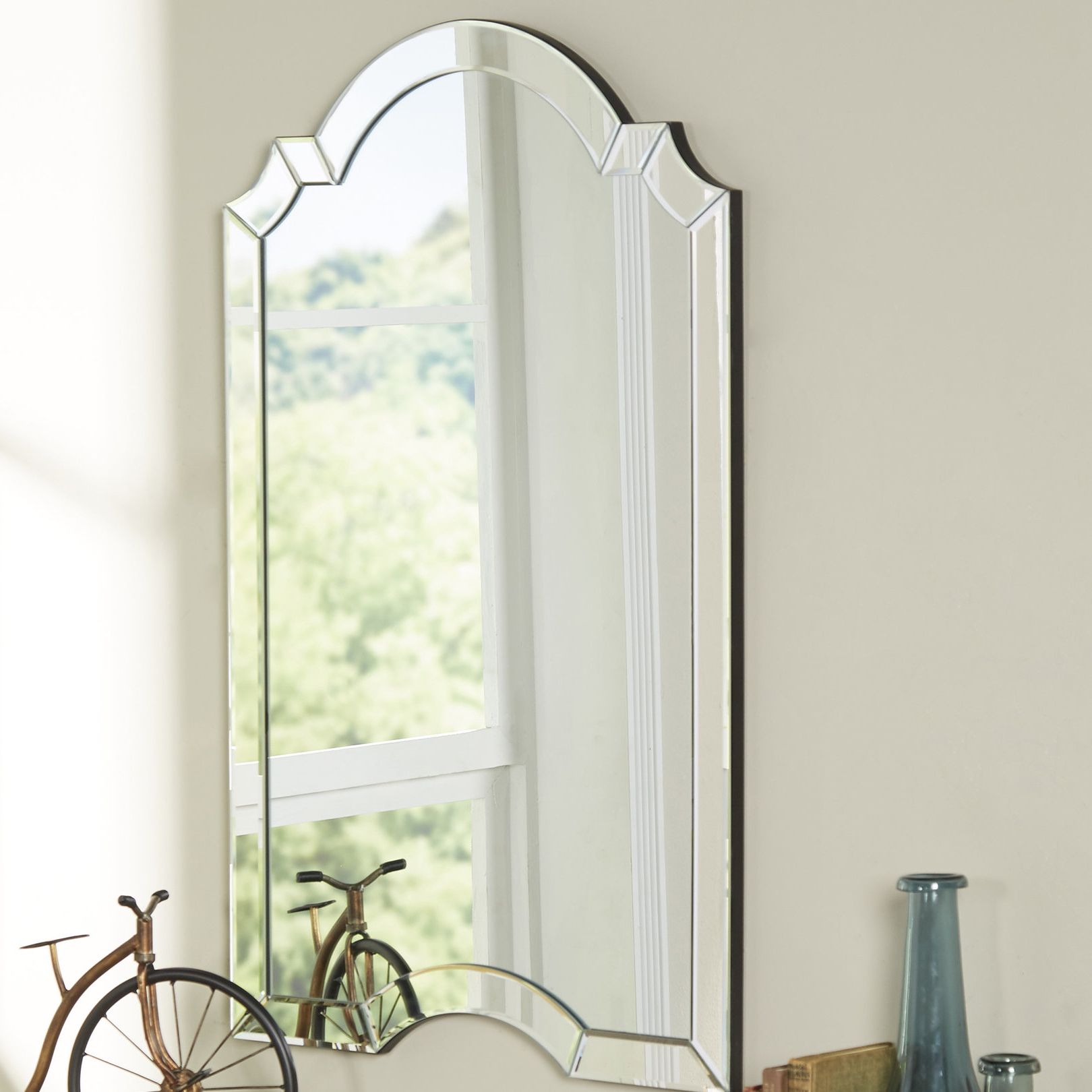 Dariel Tall Arched Scalloped Wall Mirrors Throughout 2019 Willa Arlo Interiors Ekaterina Arch/crowned Top Wall Mirror (View 18 of 20)