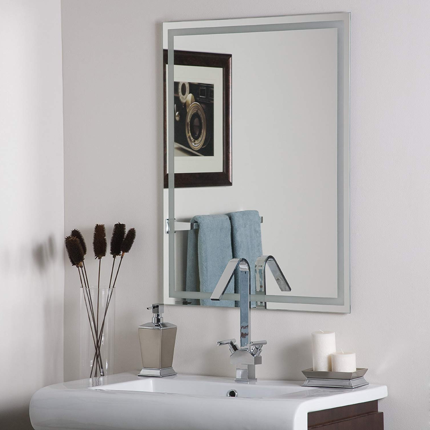 Decor Wonderland Frameless Etch Mirror Within Latest Triple Oval Wall Mirrors (View 7 of 20)