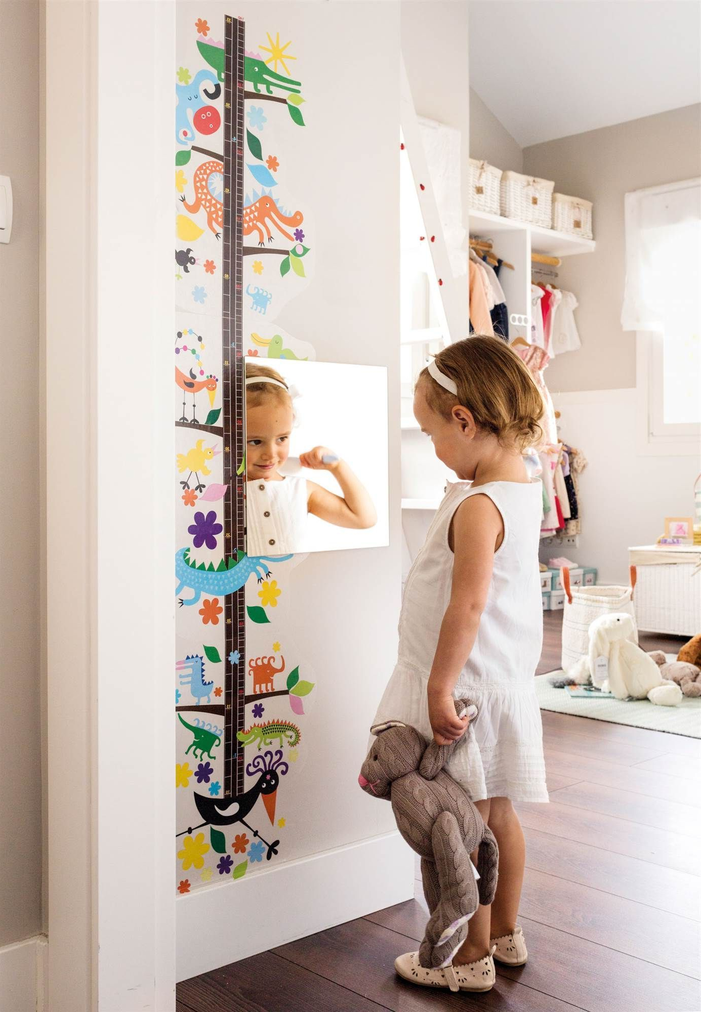 Design A Unique Decoration For Your Kid's Bedroom Using This Amazing Throughout Preferred Children Wall Mirrors (View 12 of 20)