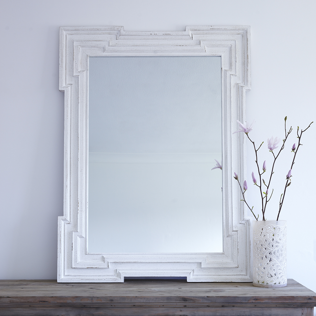 Distressed White Wall Mirrors Intended For Well Liked White Distressed Deco Wall Mirror (Gallery 9 of 20)