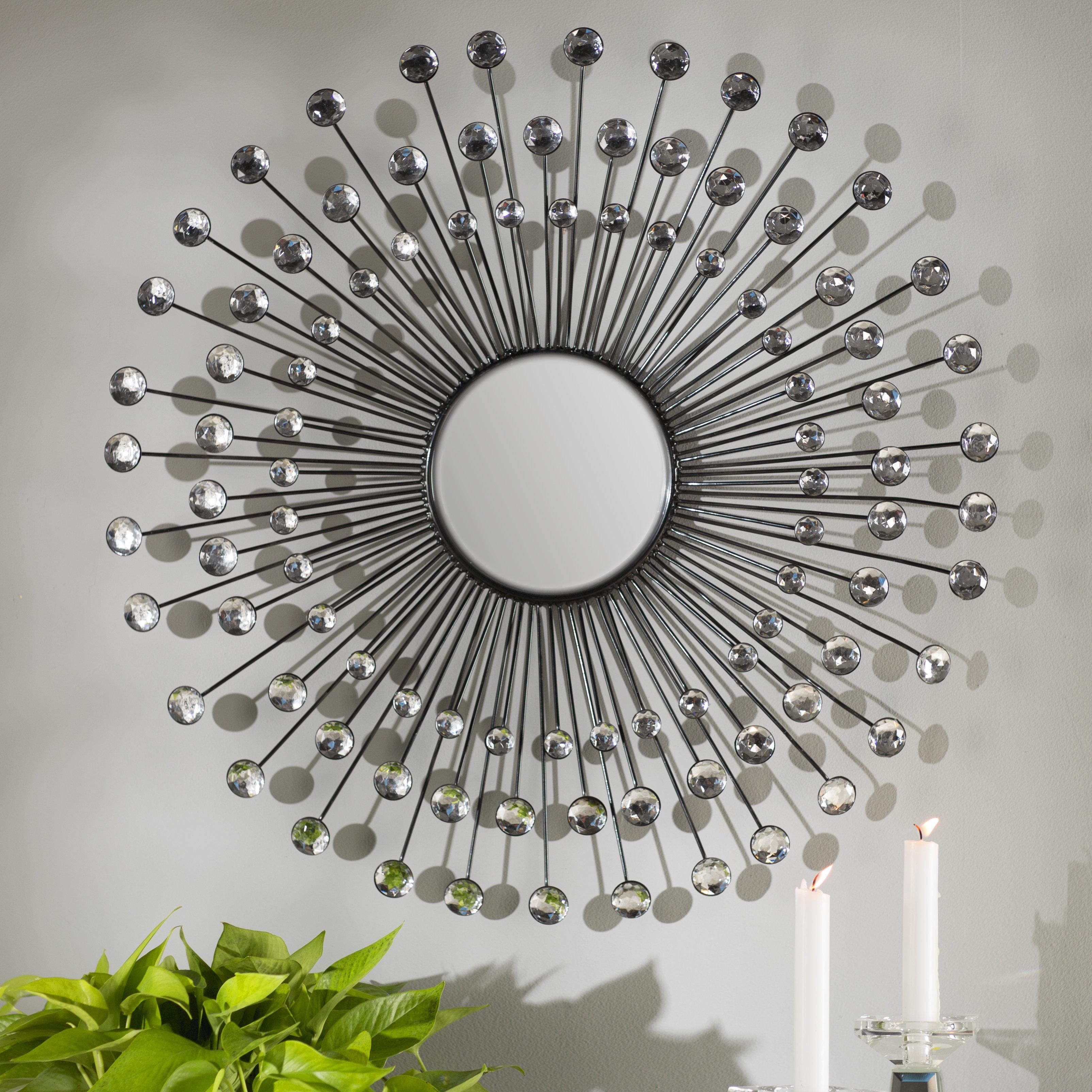 Estrela Modern Sunburst Metal Wall Mirror Regarding 2019 Crystal Wall Mirrors (Gallery 18 of 20)