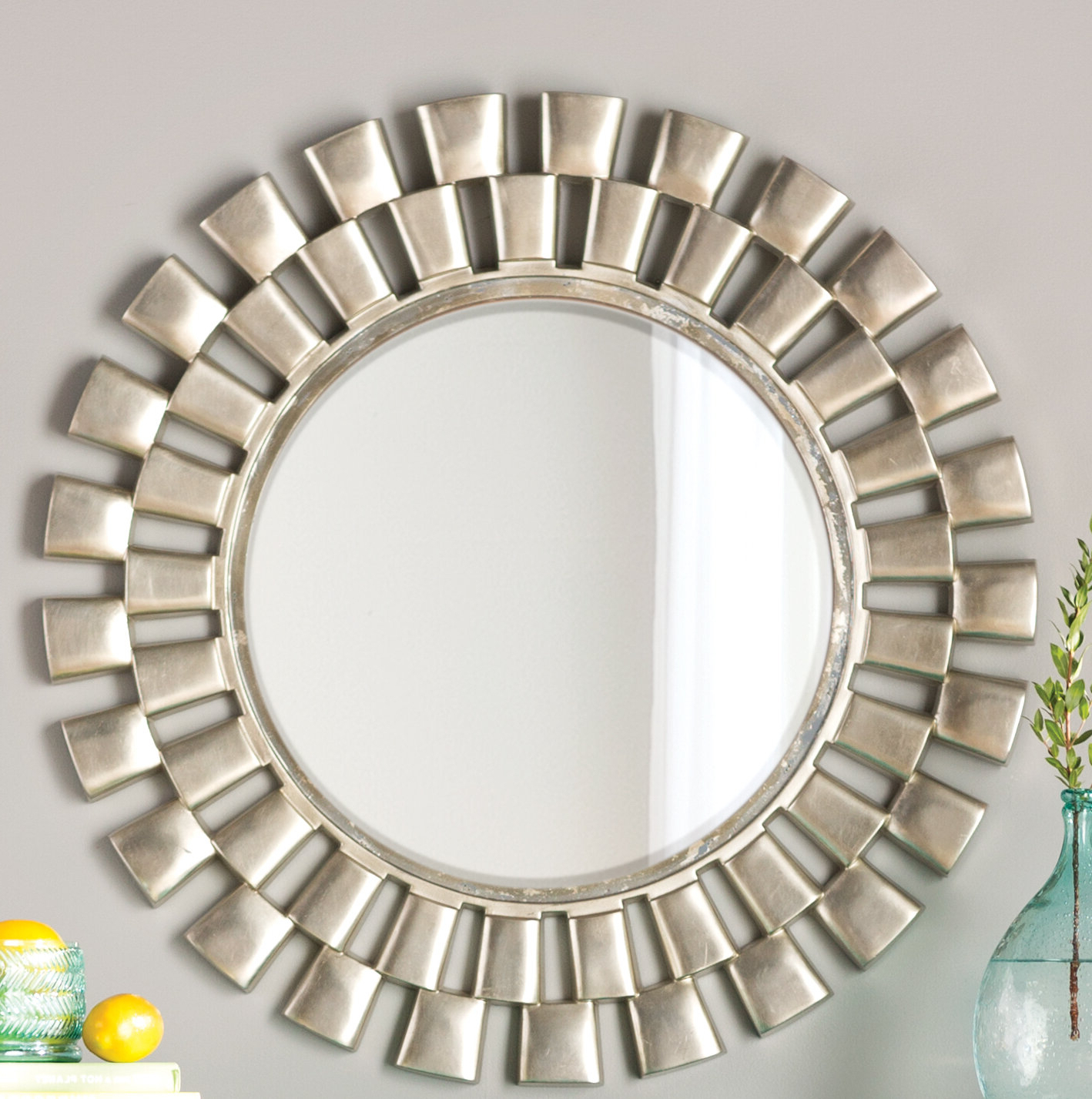Estrela Modern Sunburst Metal Wall Mirrors Intended For Most Recently Released Glam Beveled Accent Mirror (View 7 of 20)