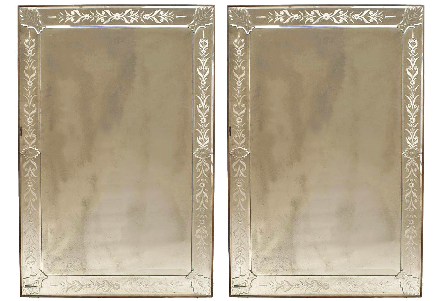 Etched Wall Mirrors Intended For Favorite Italian Venetian Murano Etched Wall Mirrors (View 12 of 20)