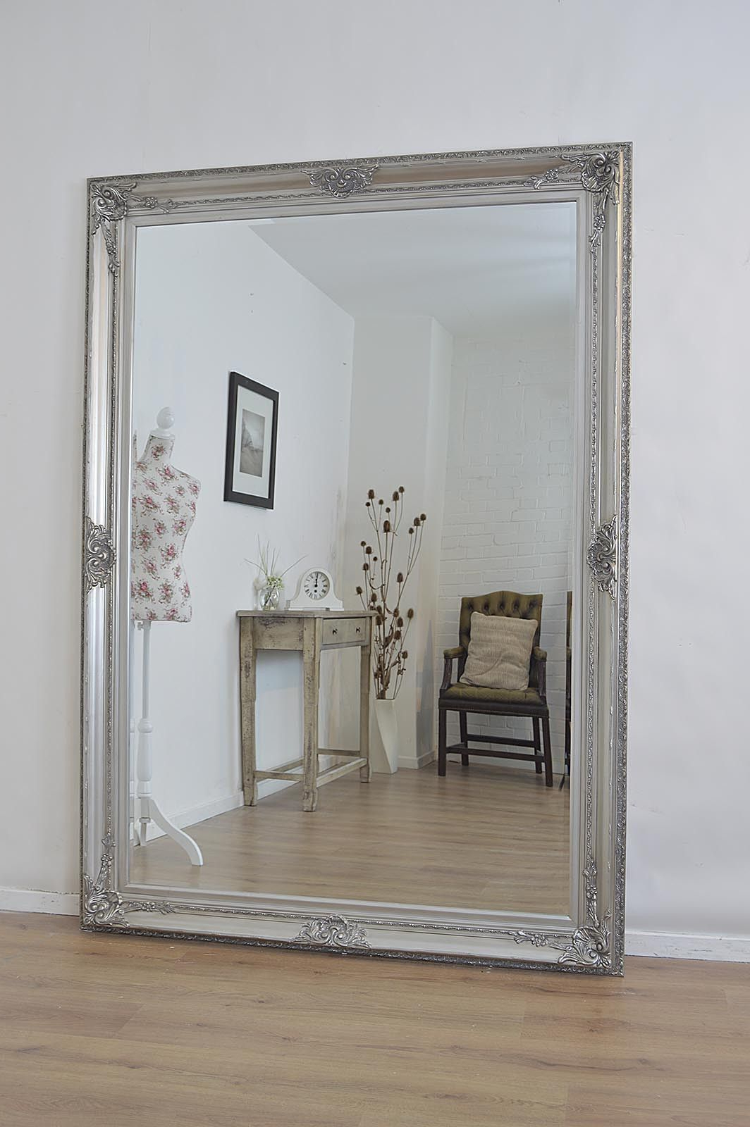 Famous Diy Big Wall Mirrors (View 2 of 20)