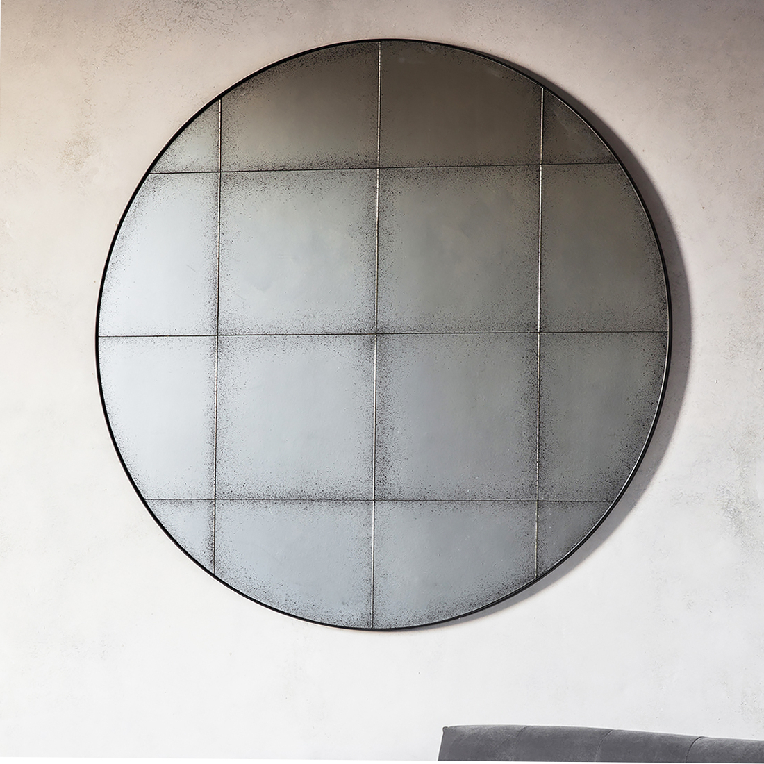 Famous Large Circular Wall Mirrors Within Black Round Vintage Glass Wall Mirror (View 6 of 20)