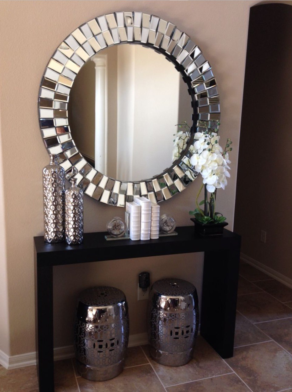 Famous Round Decorative Wall Mirrors : Decorative Wall Mirrors Regarding Decorative Round Wall Mirrors (View 11 of 20)