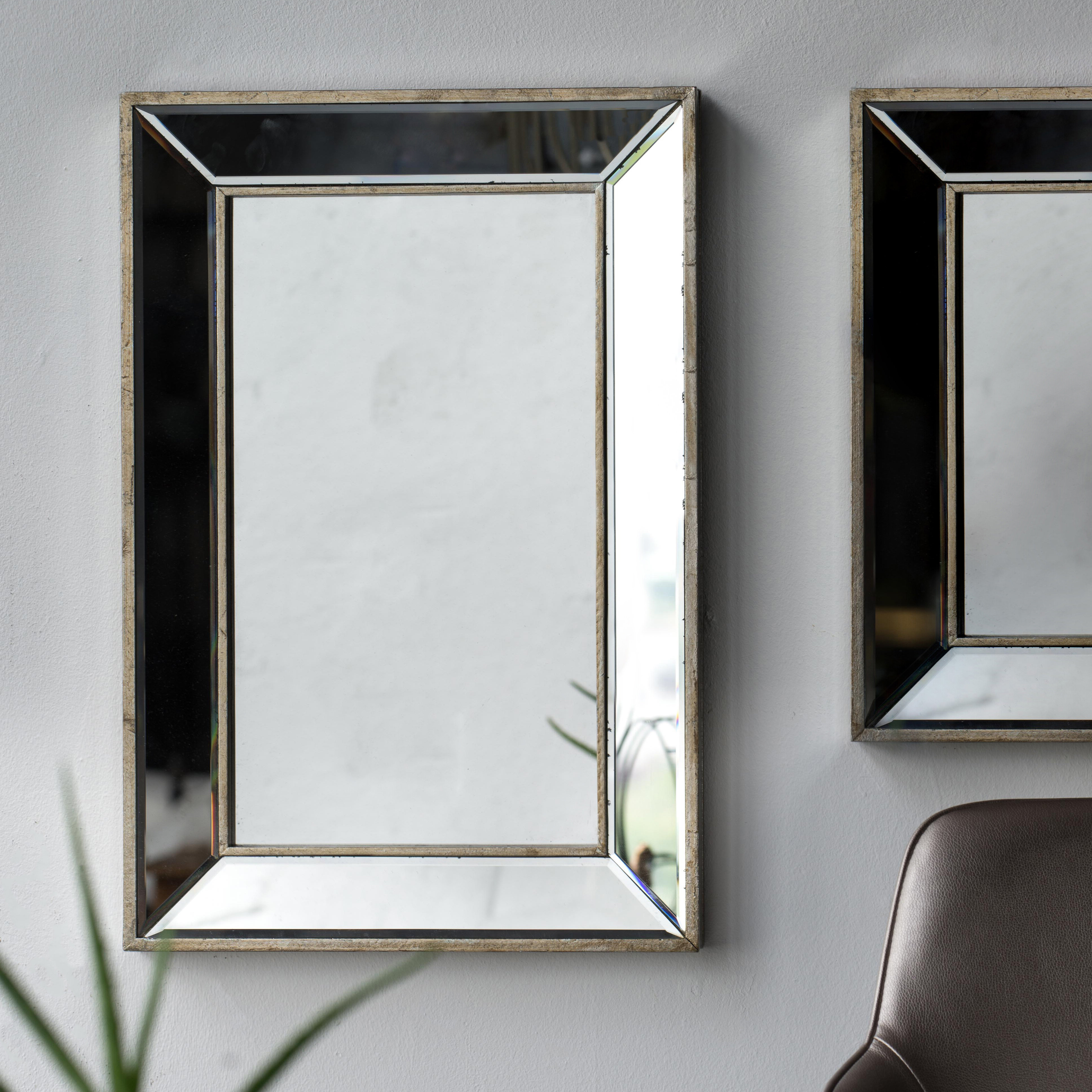 Fashionable Kapp Rectangle Accent Wall Mirror Throughout Lake Park Beveled Beaded Accent Wall Mirrors (View 15 of 20)